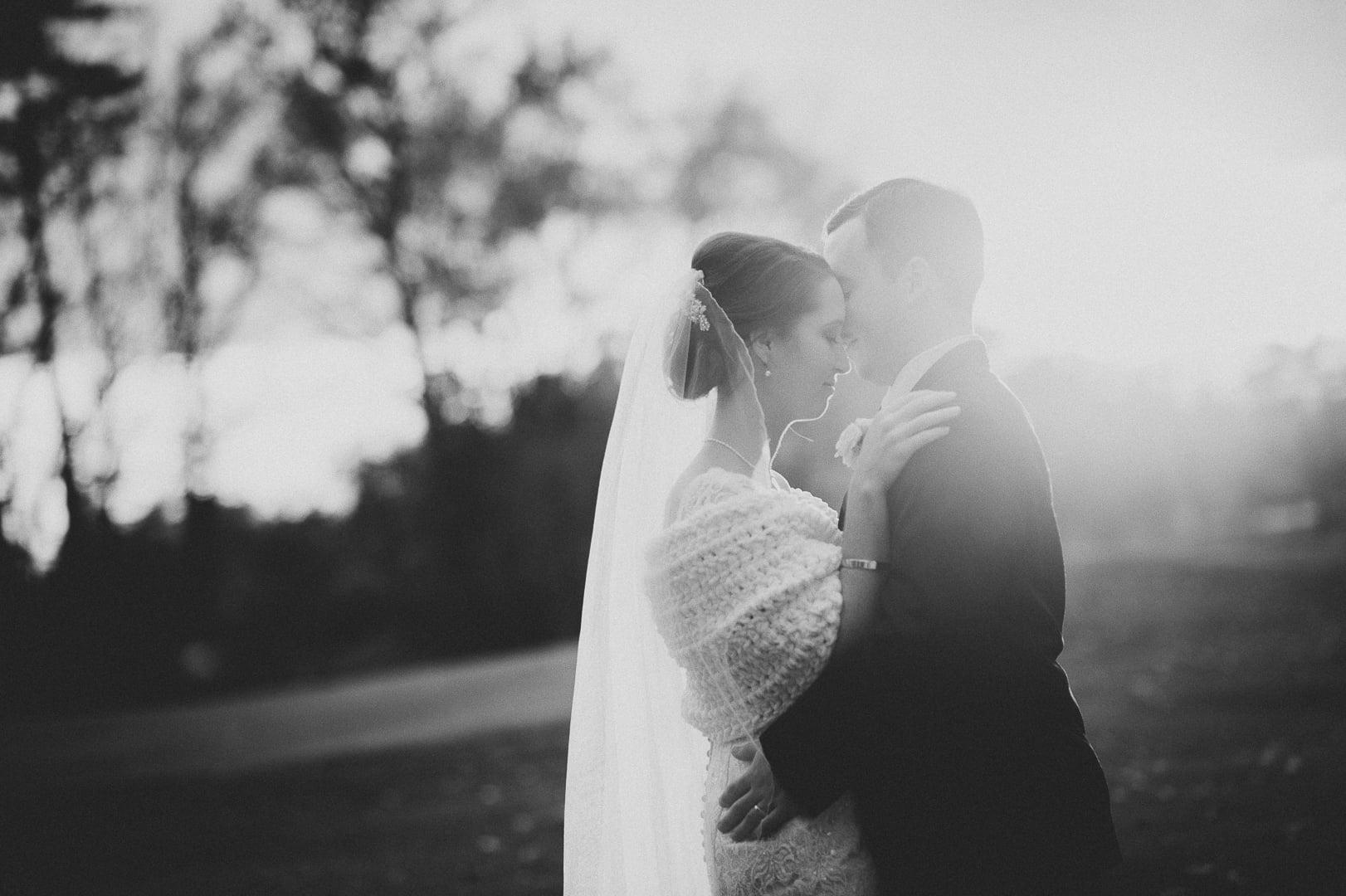 wedding-photography-posing-ideas