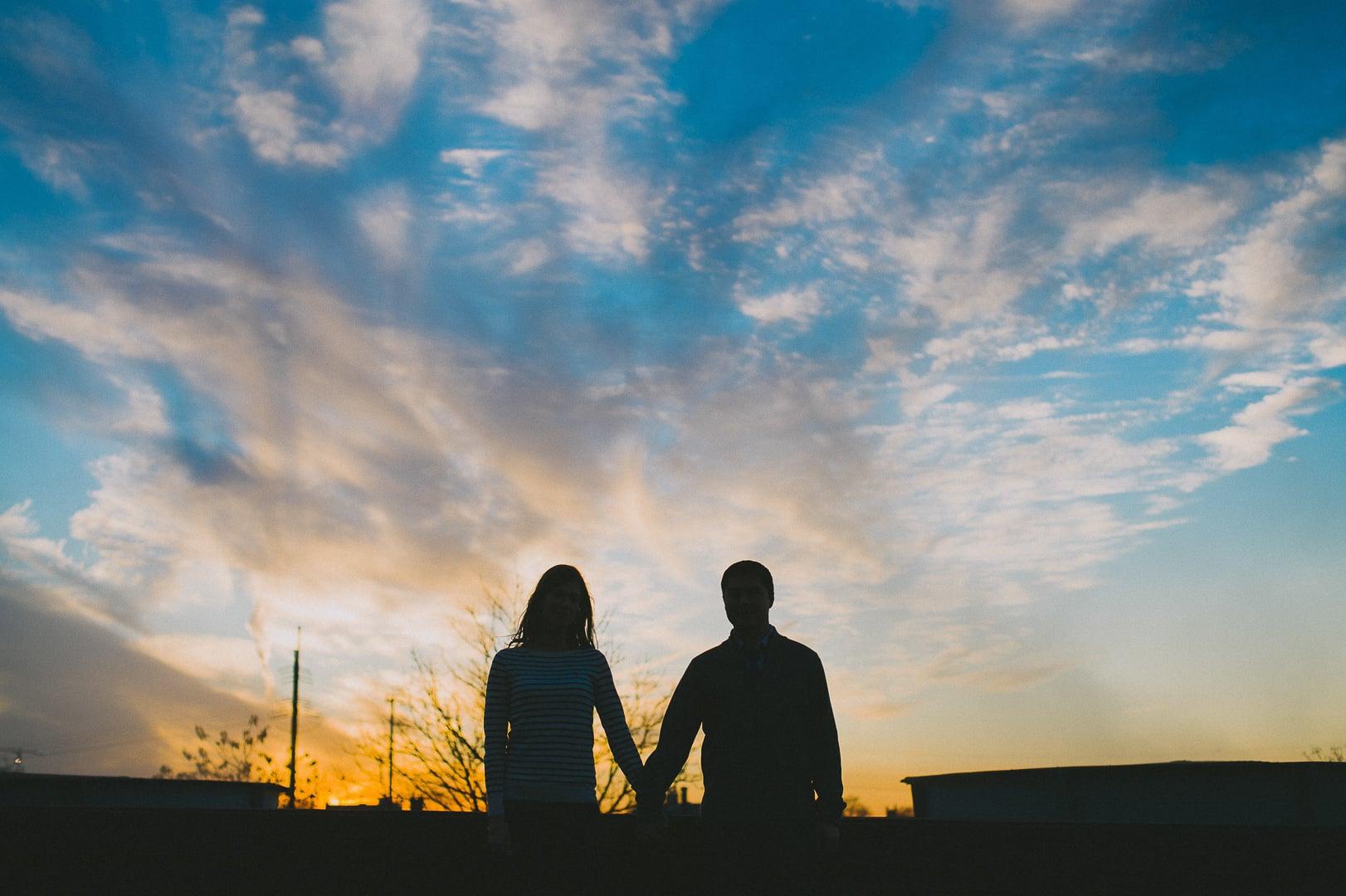 philadelphia-sunset-engagement-photos