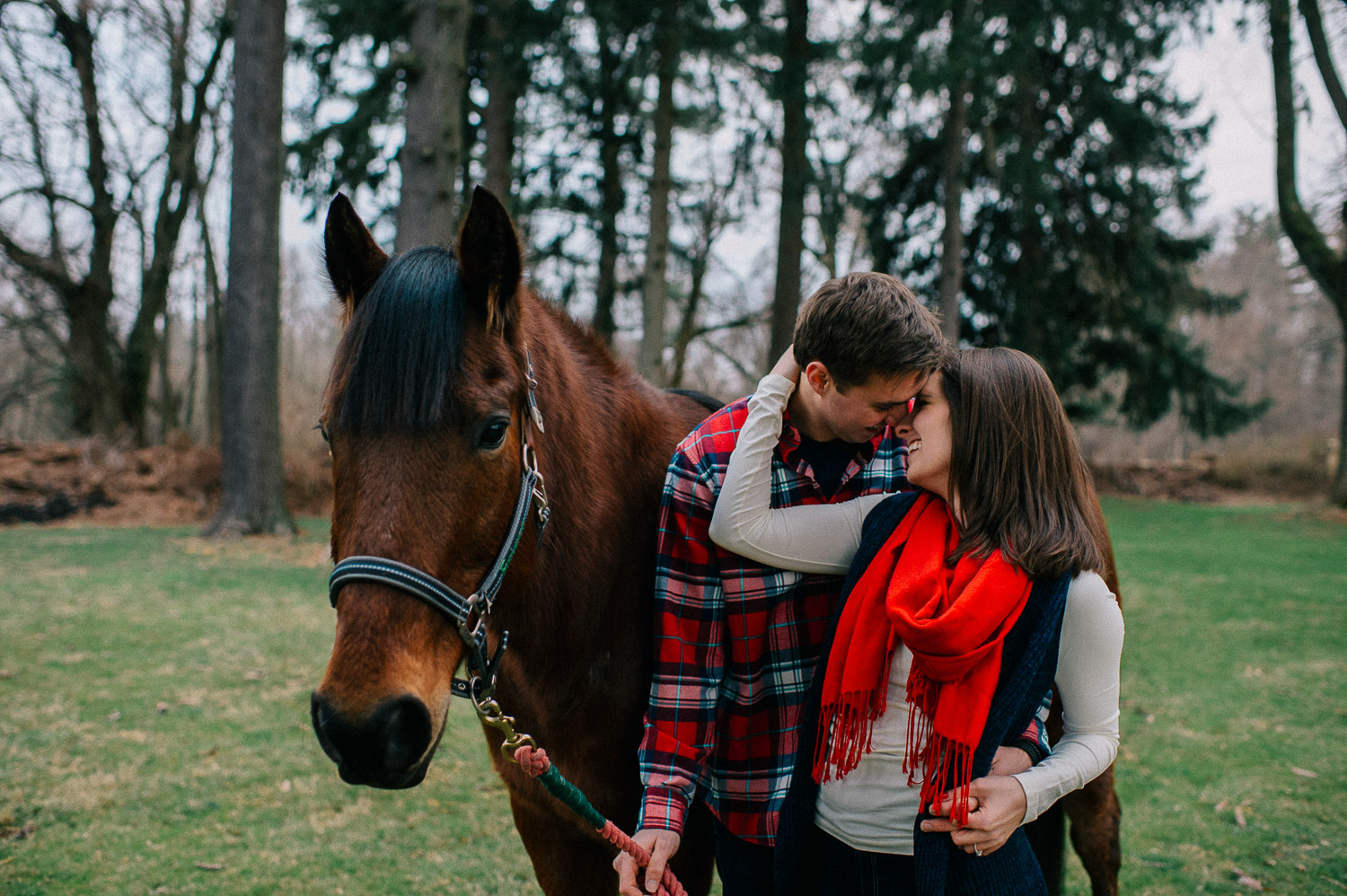 ninalilyphoto-hiddenvalleyfarm-engagement20.jpg