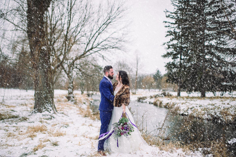 ninalilyphotography-ultraviolet-snowday-lehighvalleyweddingphotographer35.jpg