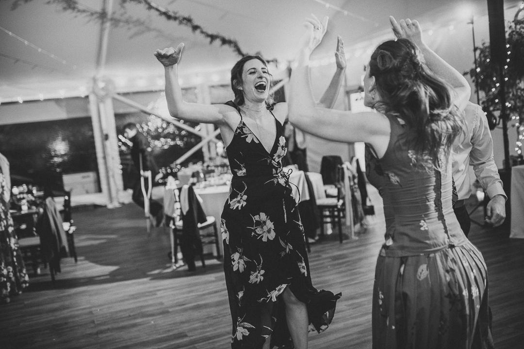195ninalilyphoto-bartramsgardenwedding-hinckenblog.jpg