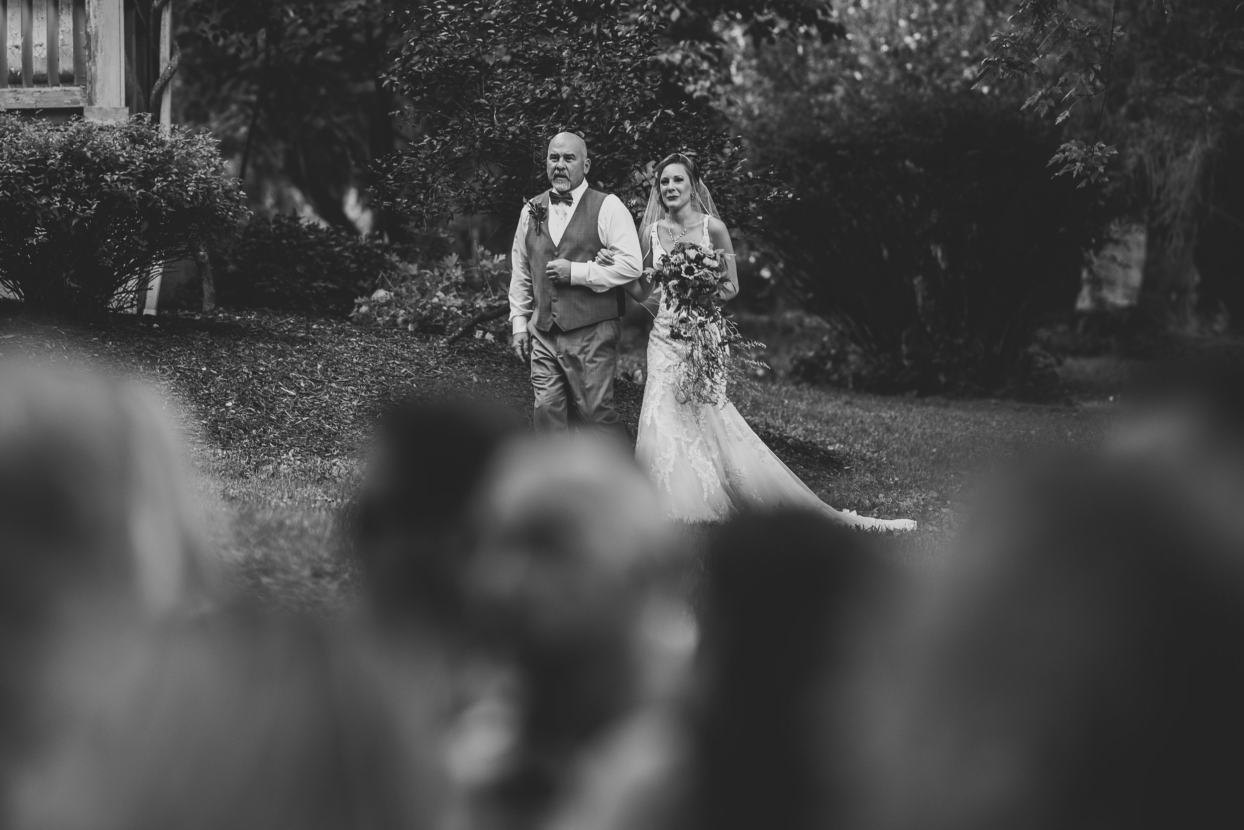 042ninalilyphoto-groveatkemptonwedding-hicksblog.jpg