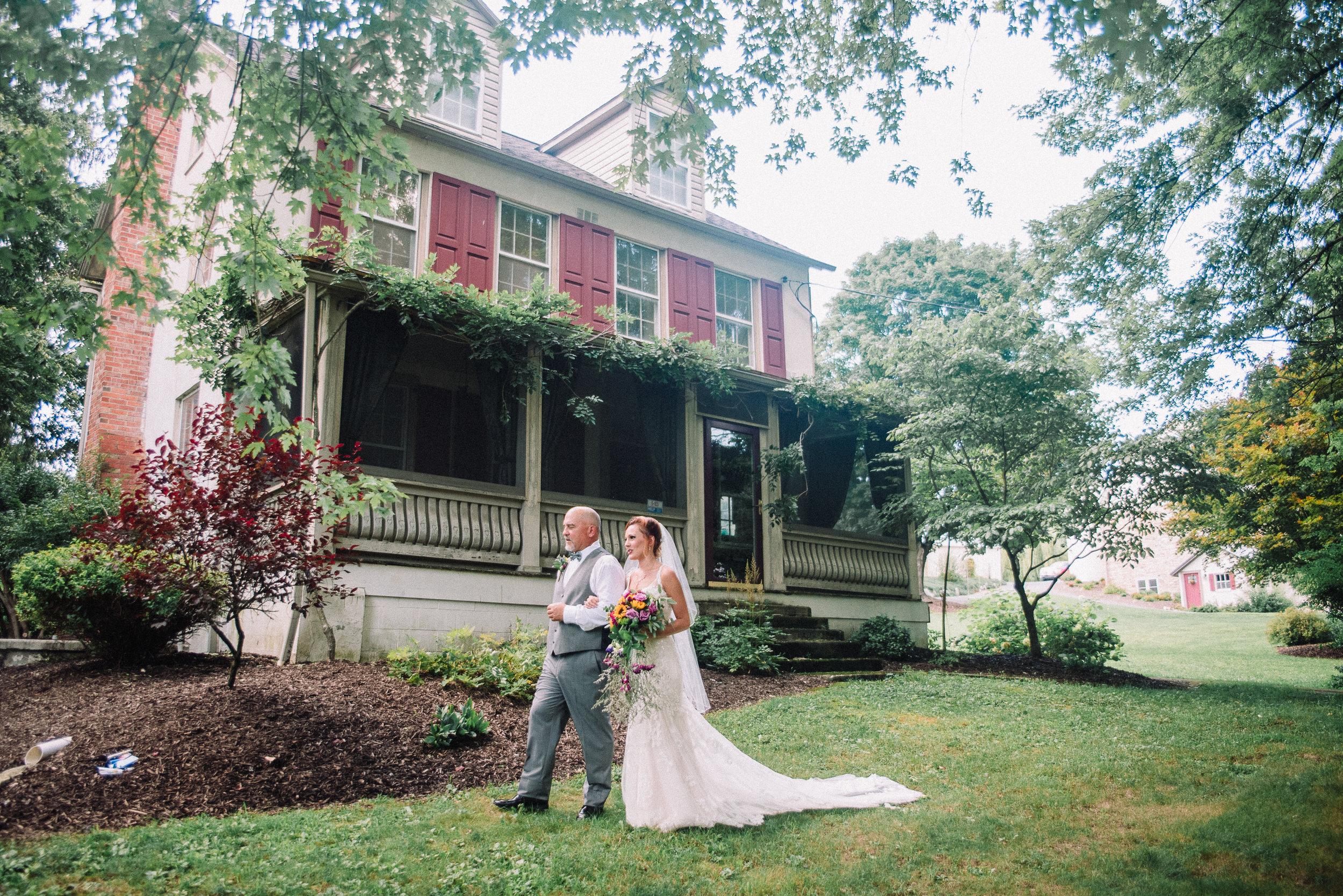 041ninalilyphoto-groveatkemptonwedding-hicksblog.jpg