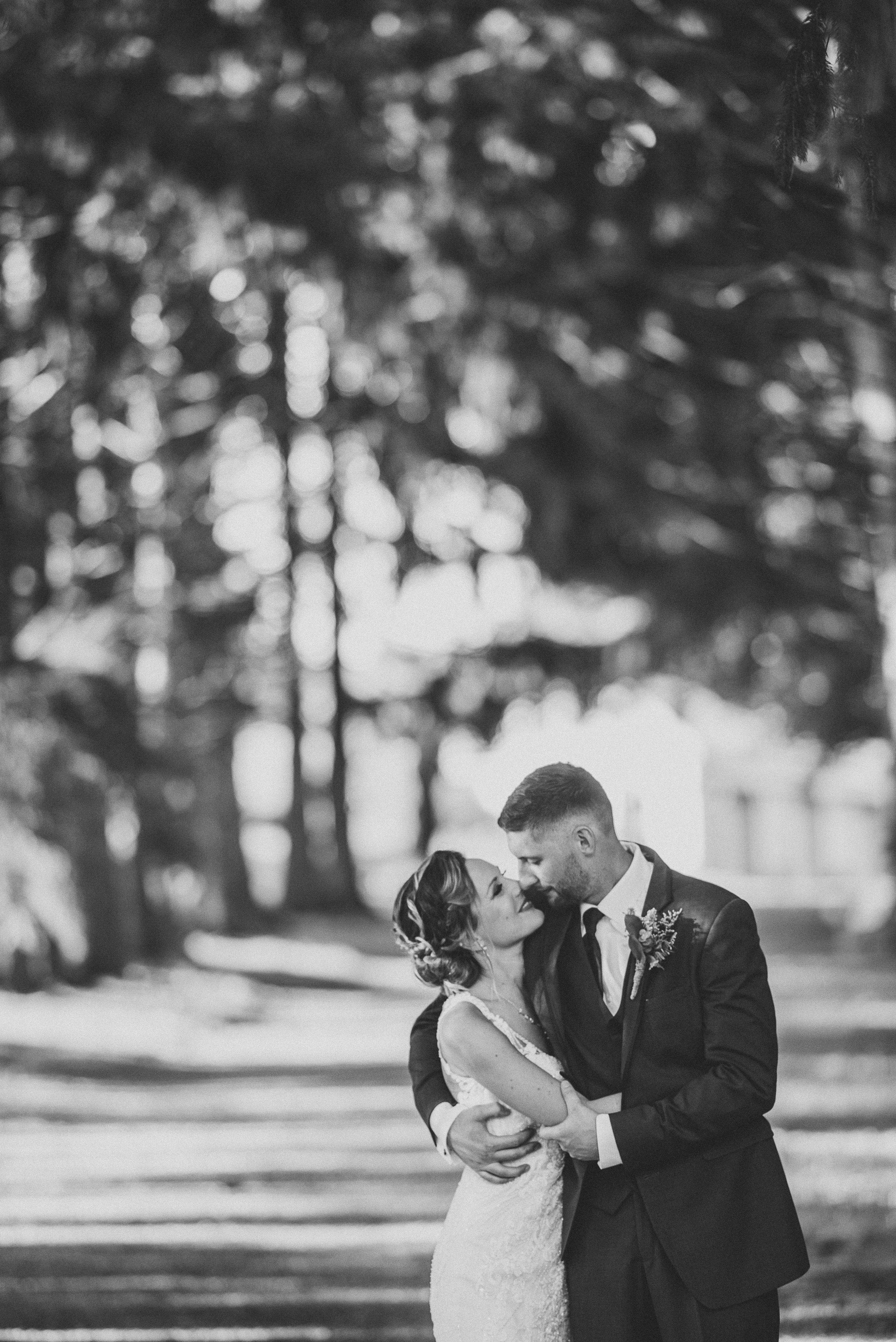 085ninalilyphoto-groveatkemptonwedding-hicksblog.jpg