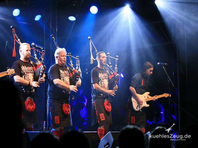 107 WOA2016 Red Hot Chili Pipers.jpg