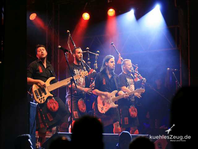 104 WOA2016 Red Hot Chili Pipers.jpg