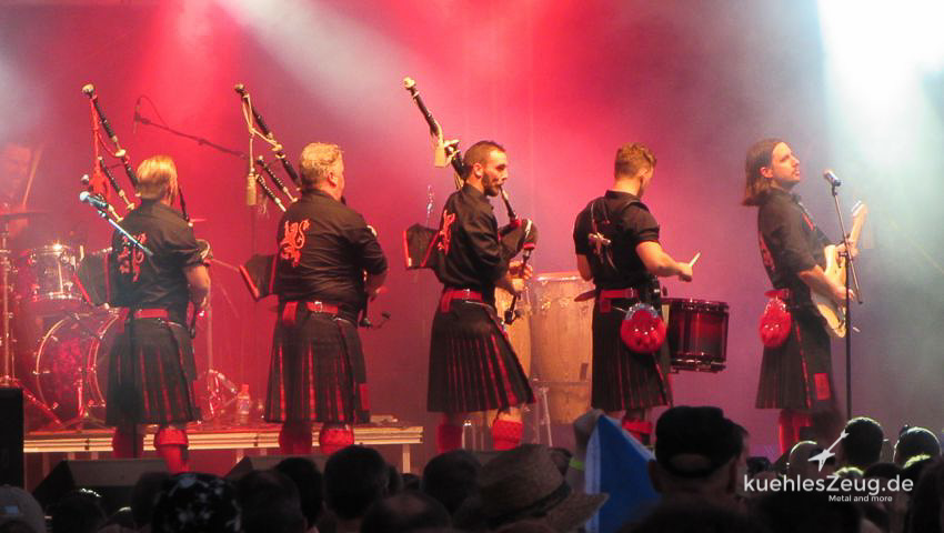 102 WOA2016 Red Hot Chili Pipers.jpg