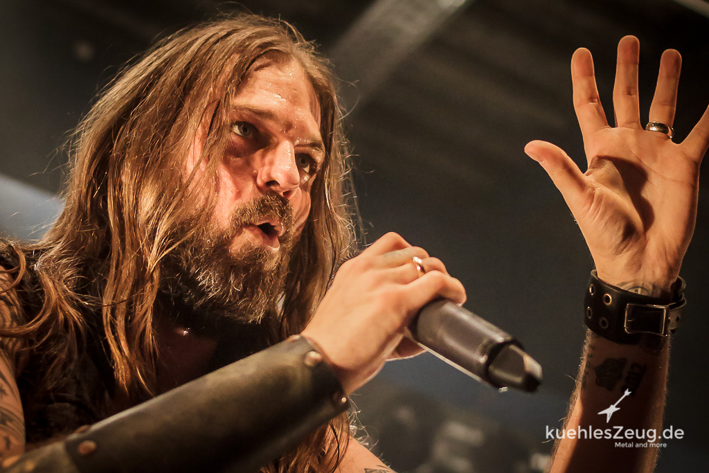 ICED EARTH -  MEHR BILDER