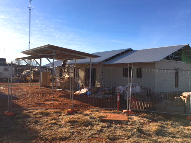 The new Purple House dialysis unit at Papunya Tjupi - under construction