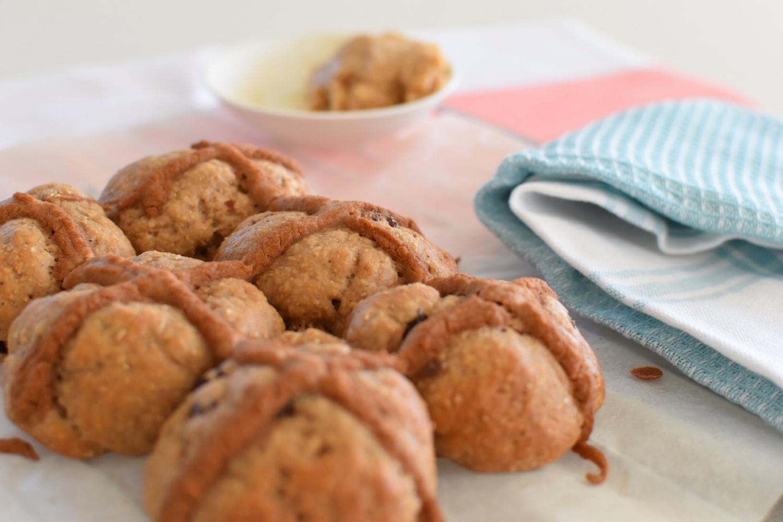 Hot Cross buns with Cinnamon Butter