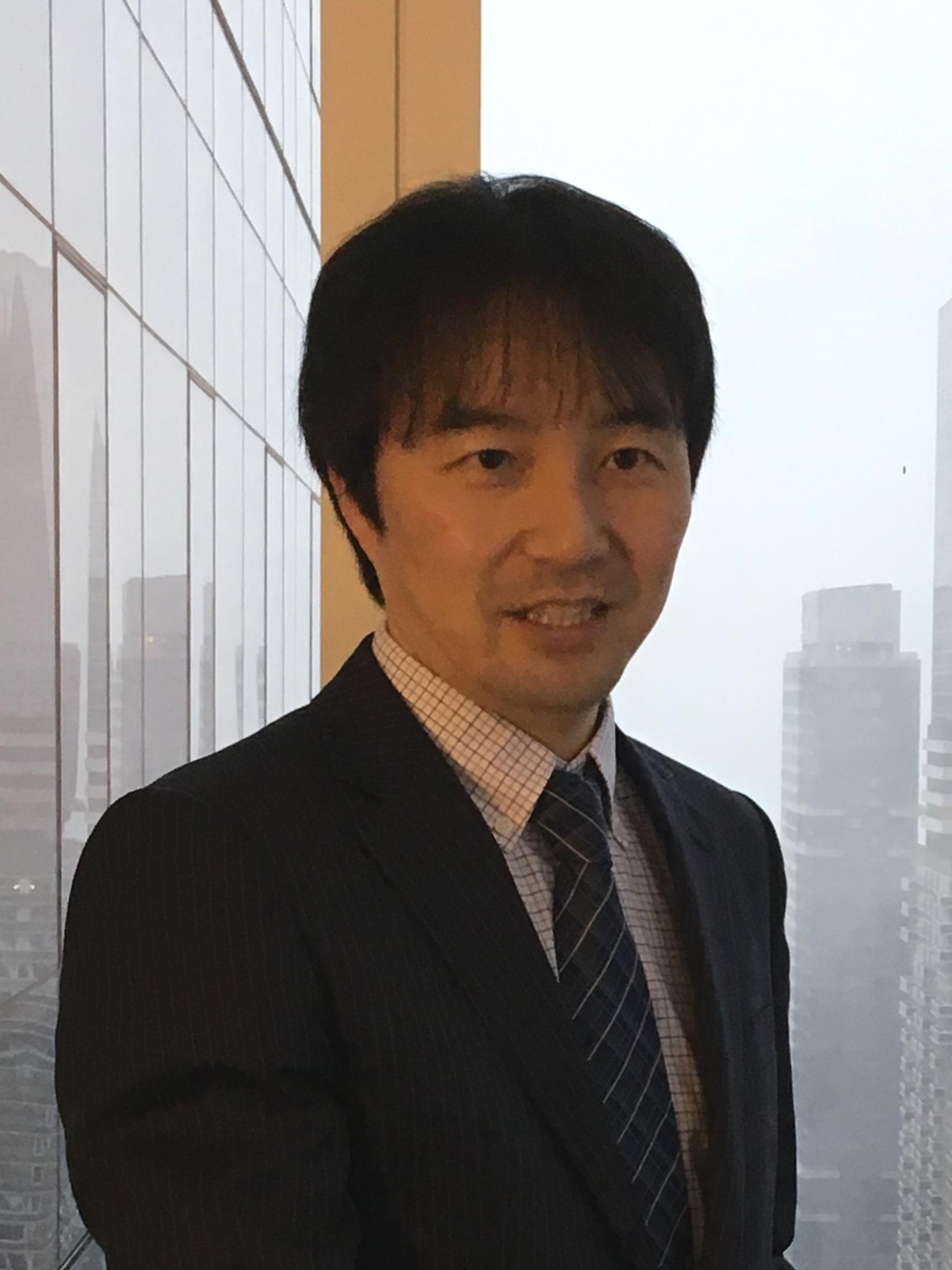 Tomoya Yanagisawa   1) 特許庁 米国知財アタッシェ  2) JETROニューヨーク事務所 知的財産部長  3) 知的財産研究所 ワシントン事務所長    website→