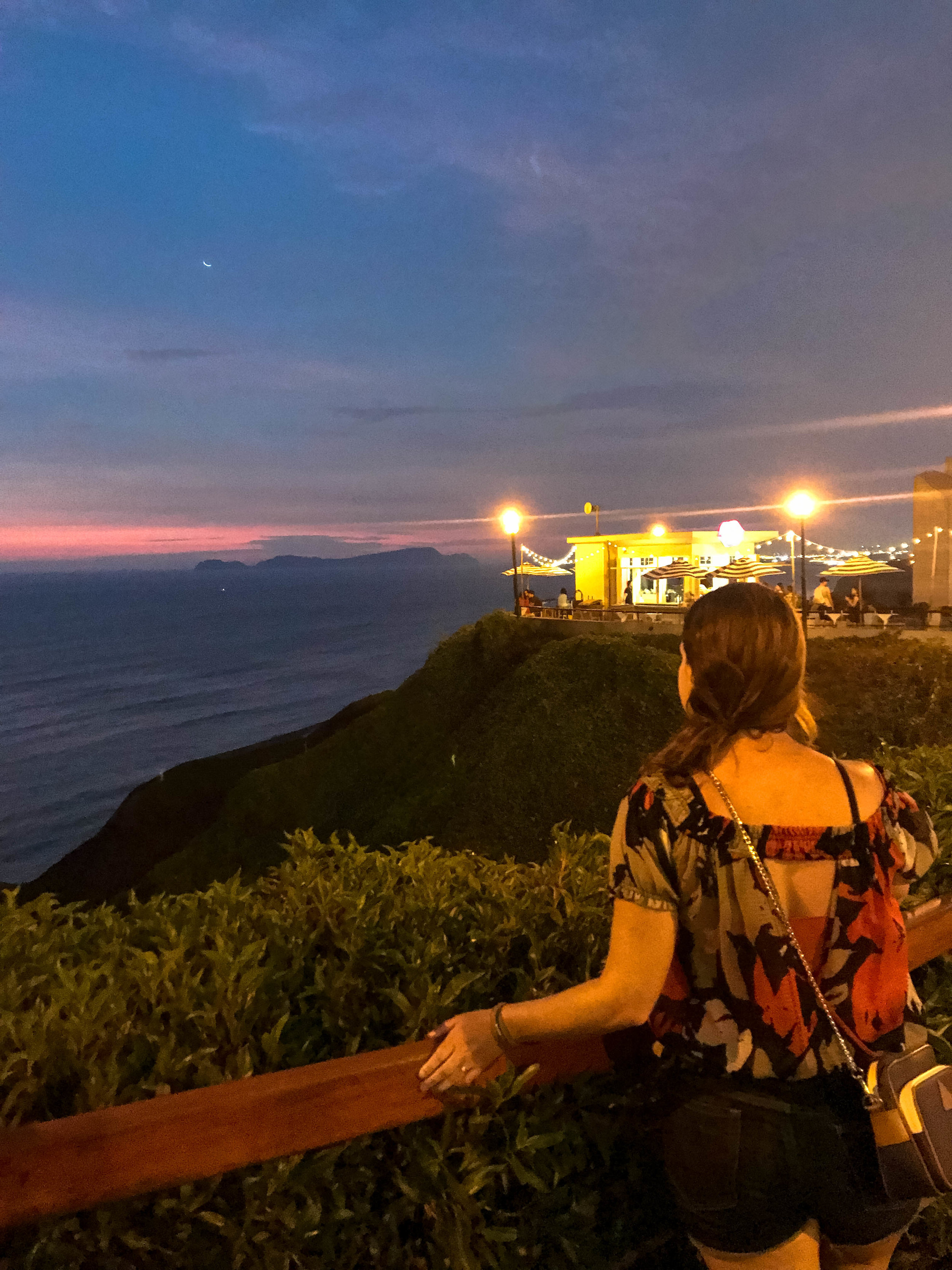 Amazing evening views from Miralfores over the Pacific Ocean