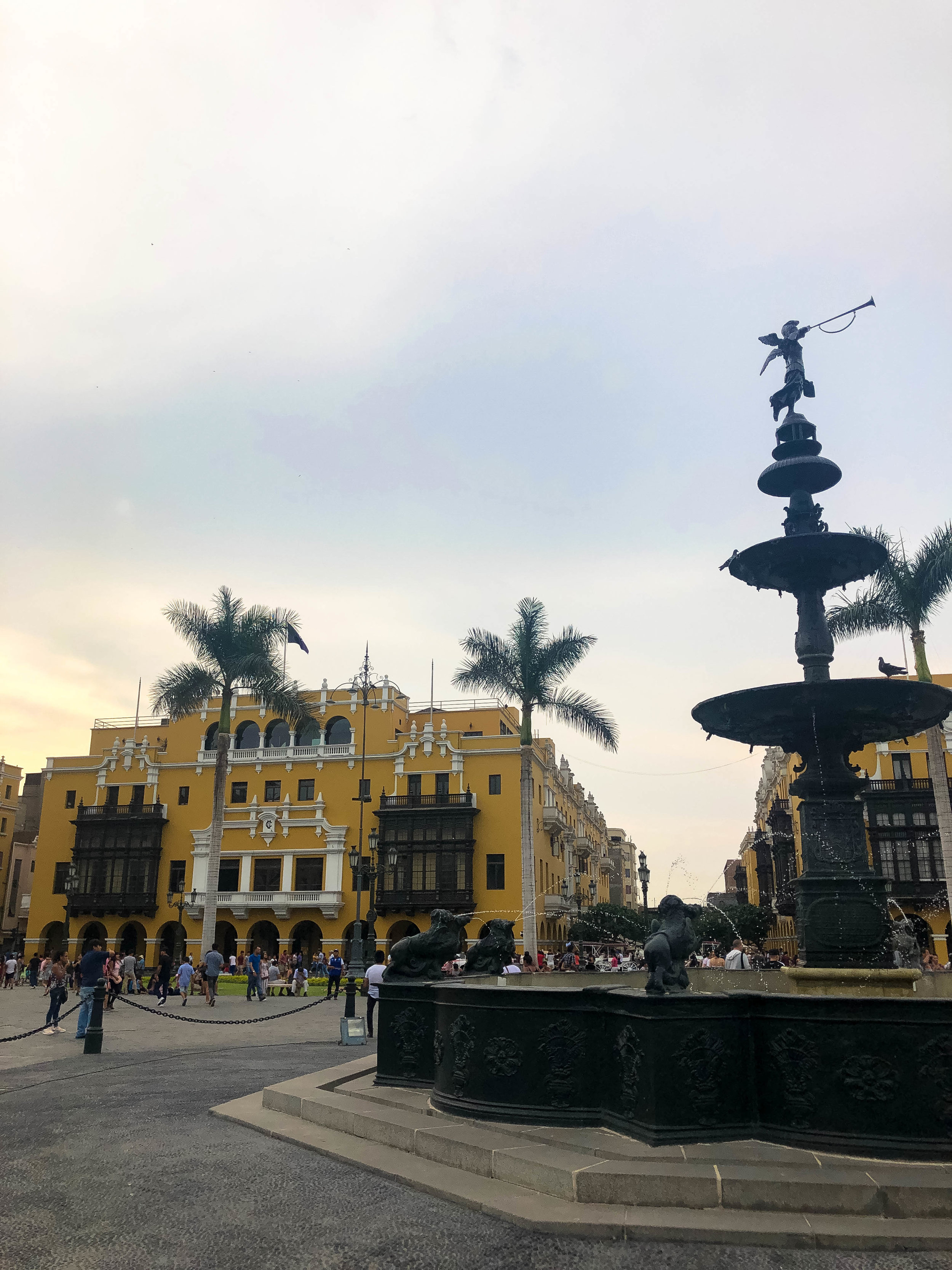 Beautiful historic buildings and fountains in the Plaza De Armas
