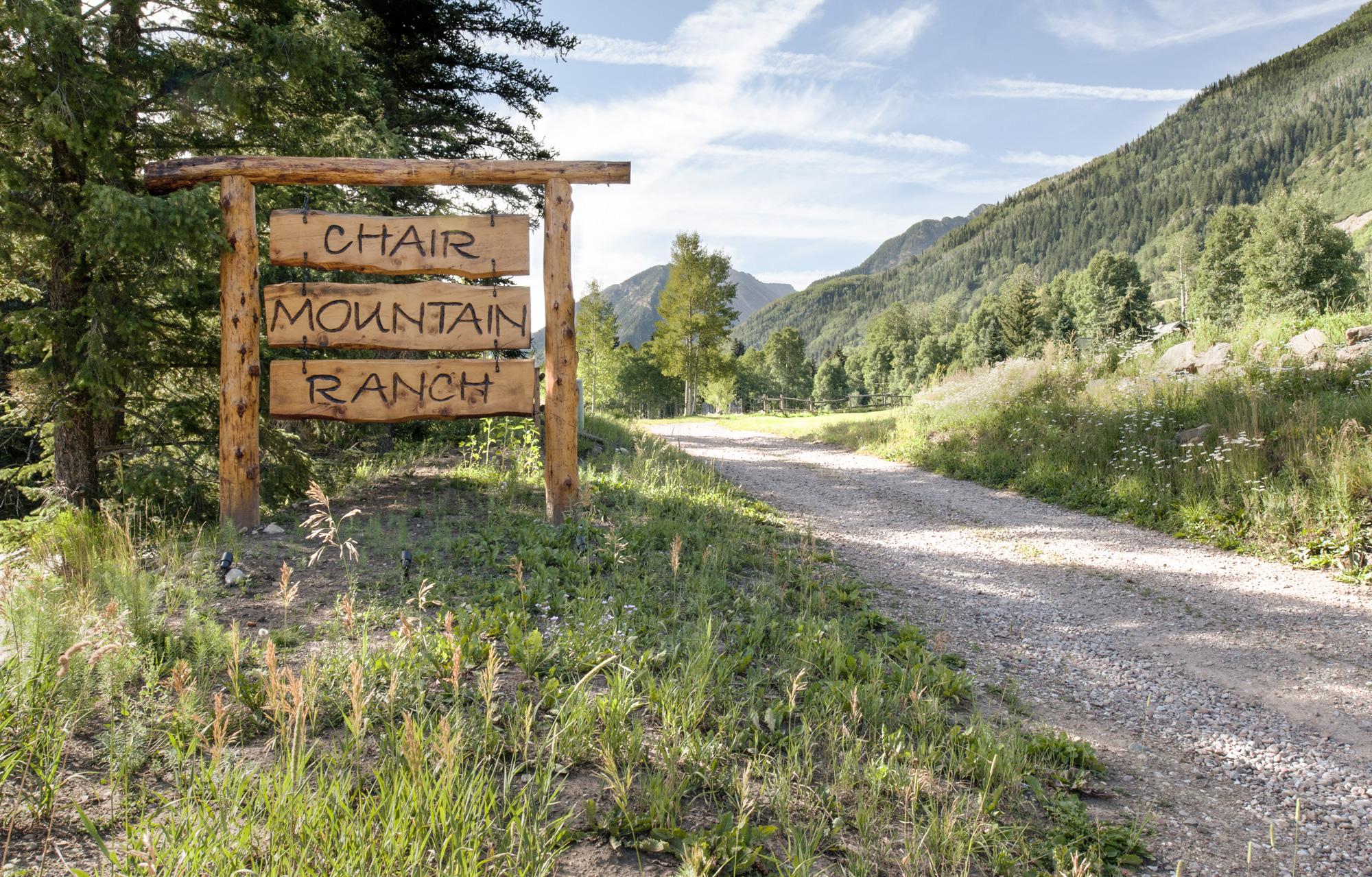 Chair_Mountain_RanchChair-Mountain-Ranch-sign.jpg