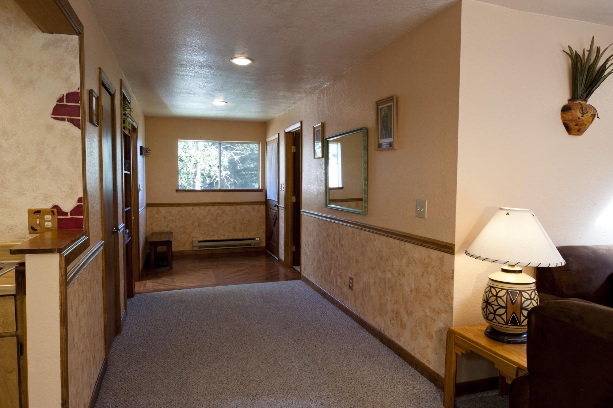 Chair_Mountain_RanchUpstairs-Hallway.jpg