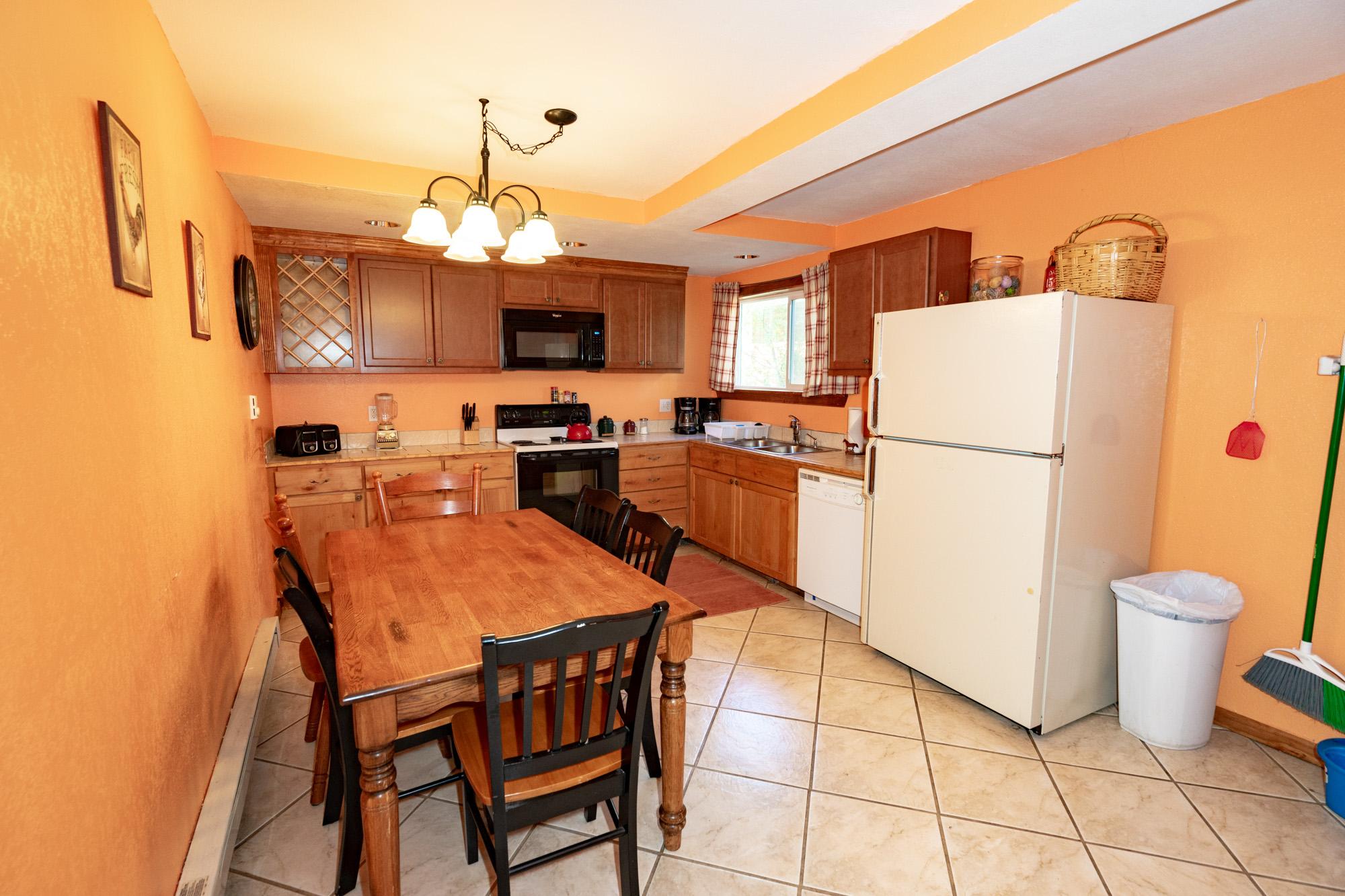 Chair_Mountain_Ranch_Apartments--5.jpg