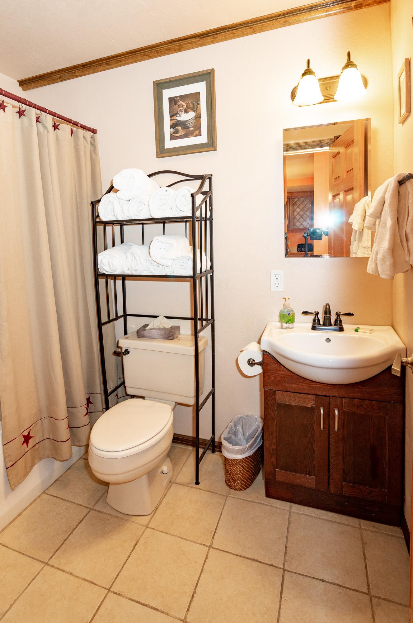 Chair_Mountain_Ranch_Apartments--6.jpg
