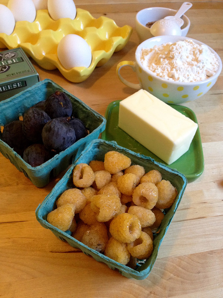 I loved the yellow raspberries the moment I saw them, and they paired nicely with the oh-so-sweet figs! You can use only one kind of fruit or as many as you want.