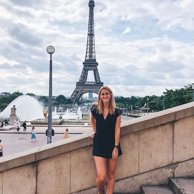 Au revoir, Paris 🇫🇷🥖✨👋 This trip was so fun and I'm already dreaming of the day I can visit again ☁️ #Paris #travel #eiffeltower