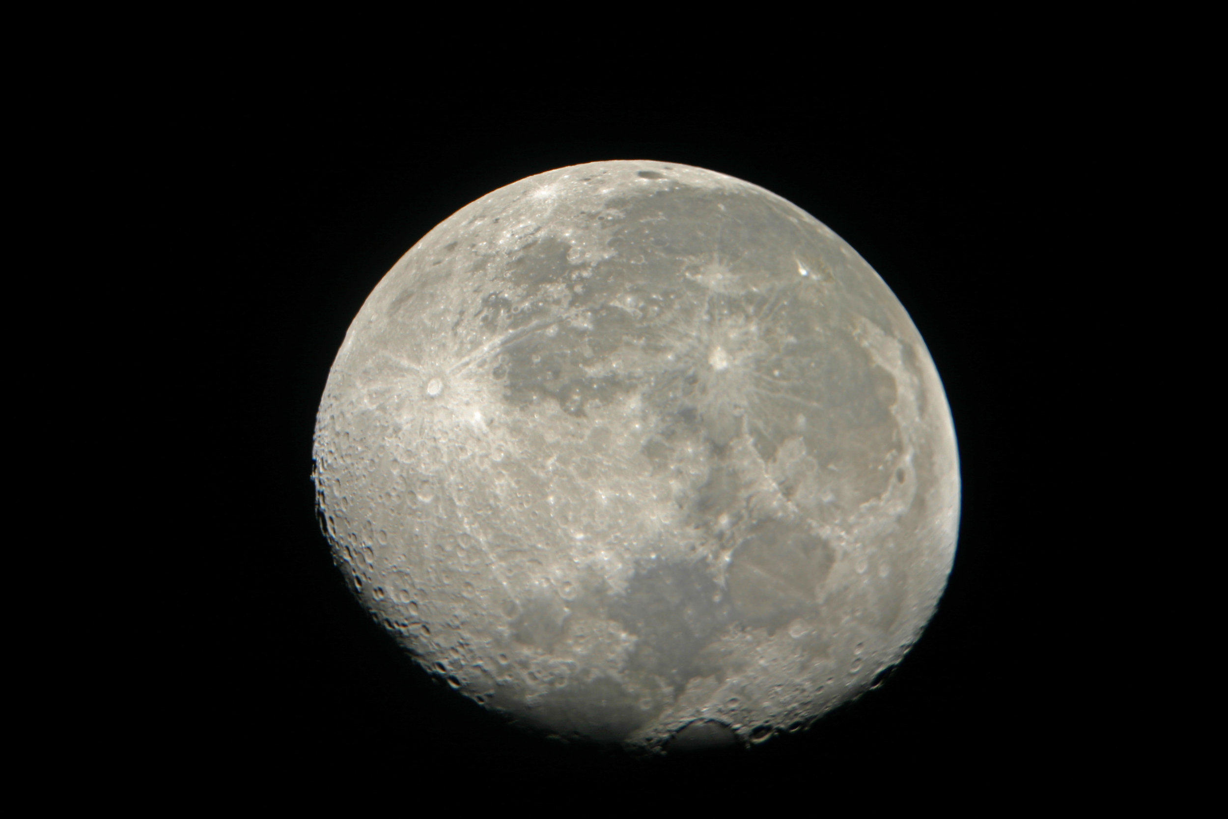 Waxing gibbous moon seen from 9300 feet on Mauna Kea, Hawaii 2006