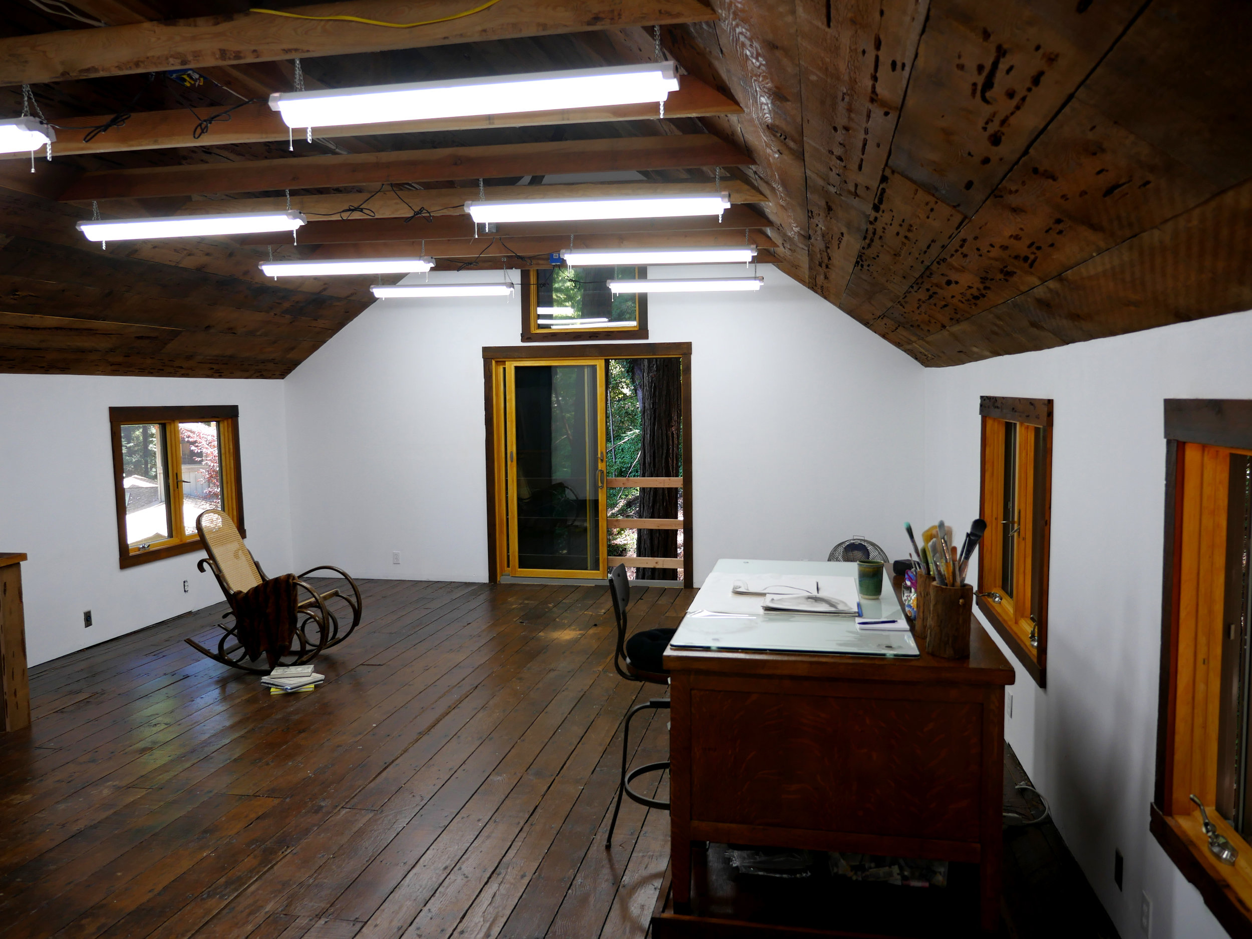 barn interior 2.jpg
