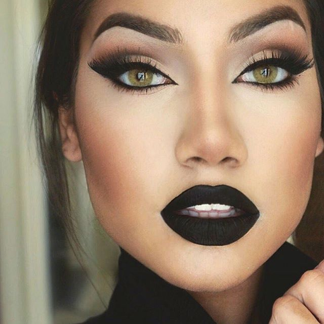 "Annastasia Beverly Hills Liquid Lipstick in the shade ""Midnight"" by makeup artist  @makeupbyalinna"