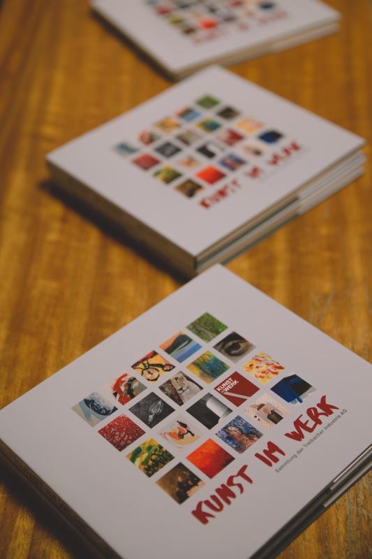 Art collection catalogue