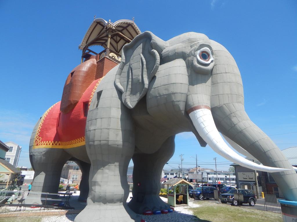 Lucy_The_Elephant.jpg