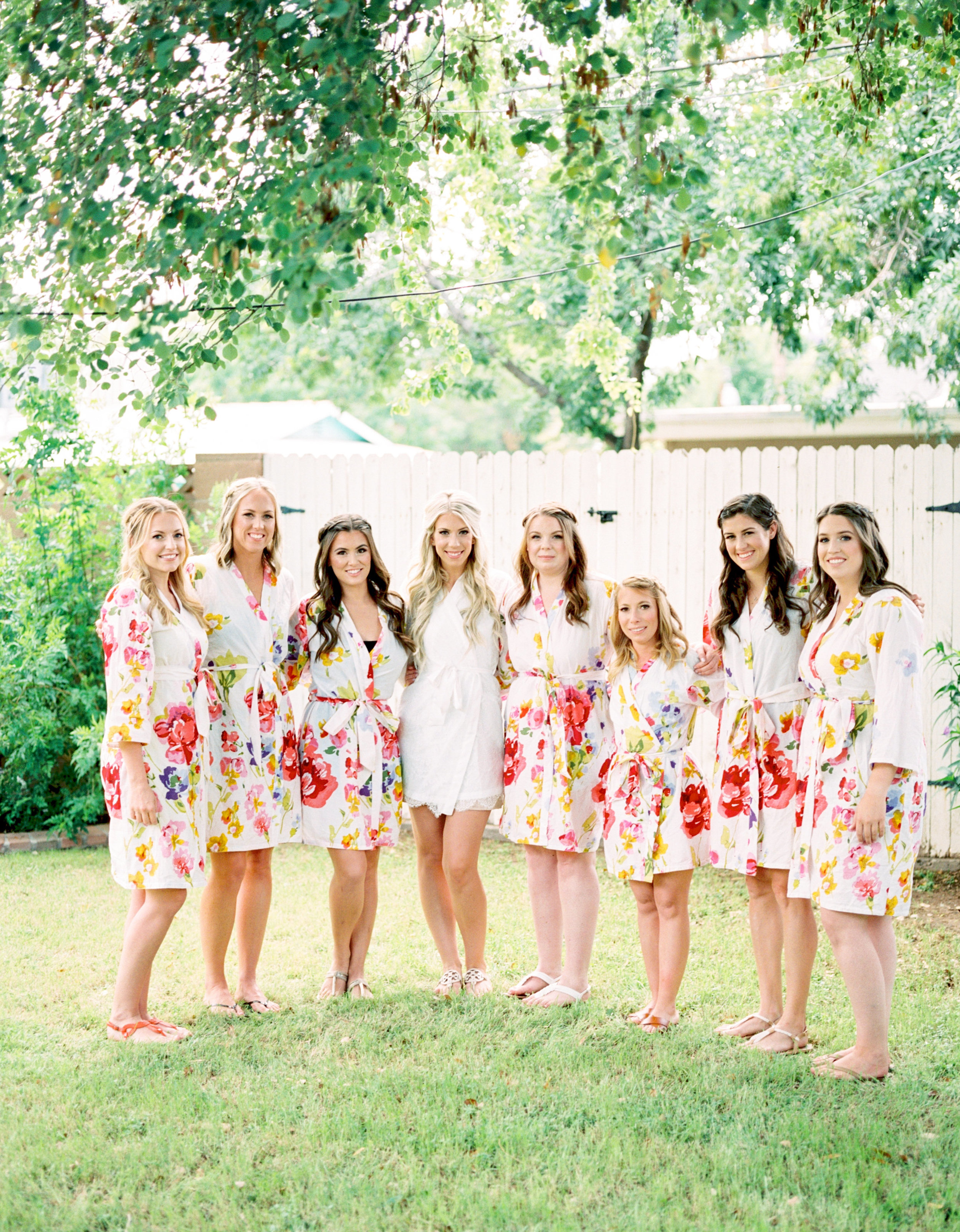 Bridal party photos, floral bath robes, bridesmaids bath robes