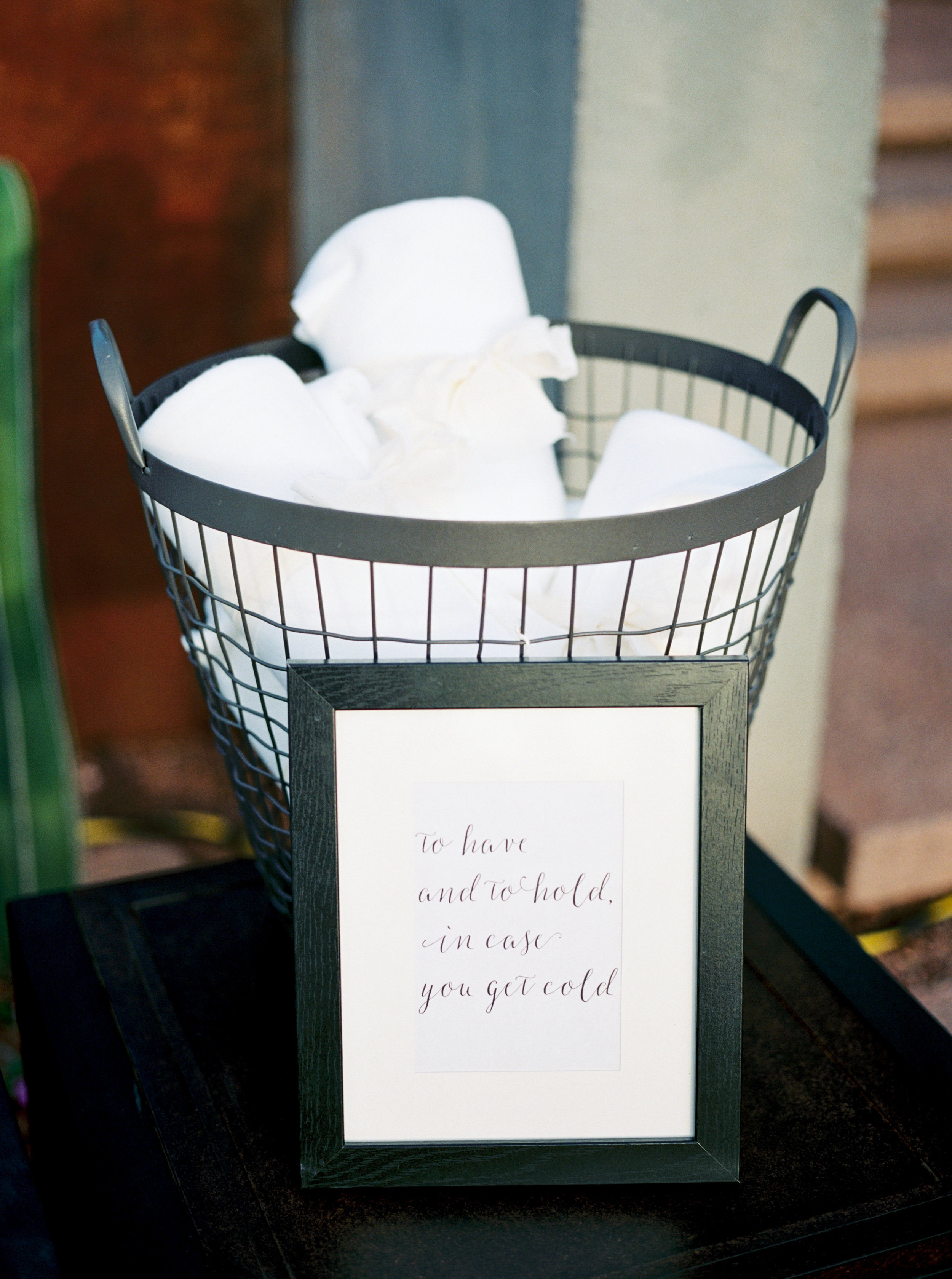 wedding details, blanket basket, keep warm at wedding