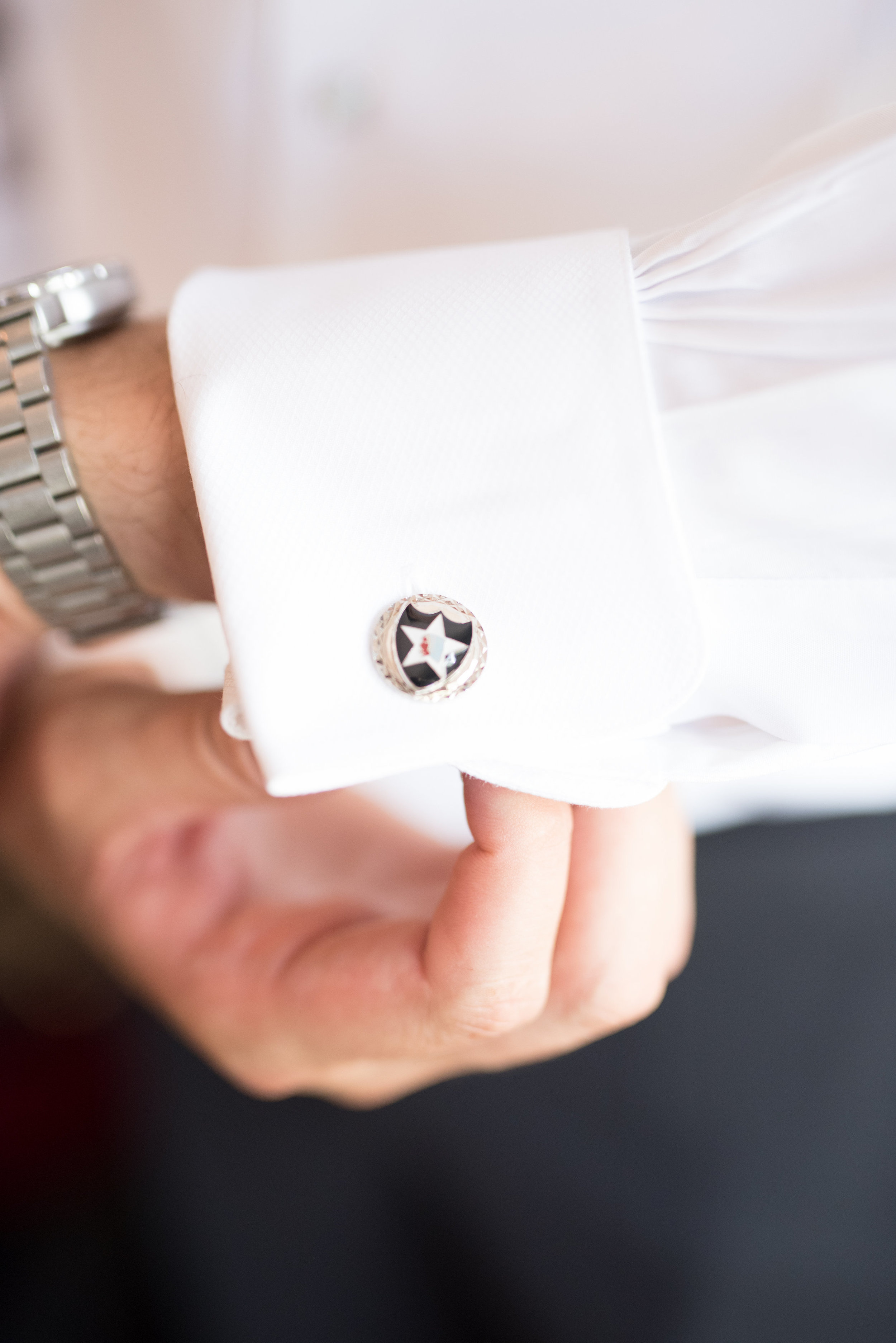 Groom cuff links, groom details