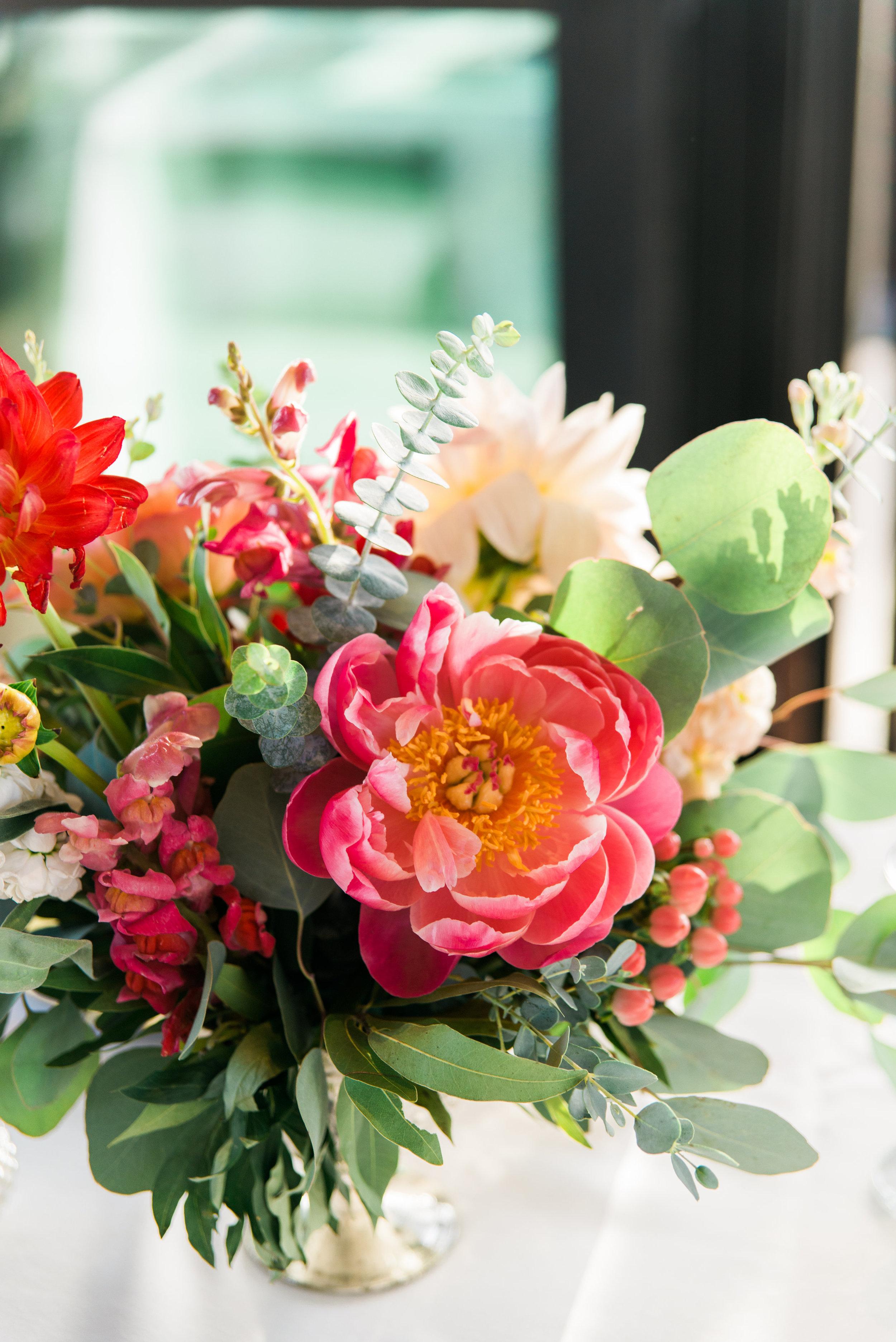 wedding flowers, pink wedding flowers, orange wedding flowers, red wedding flowers, peach wedding flowers, garden wedding flowers