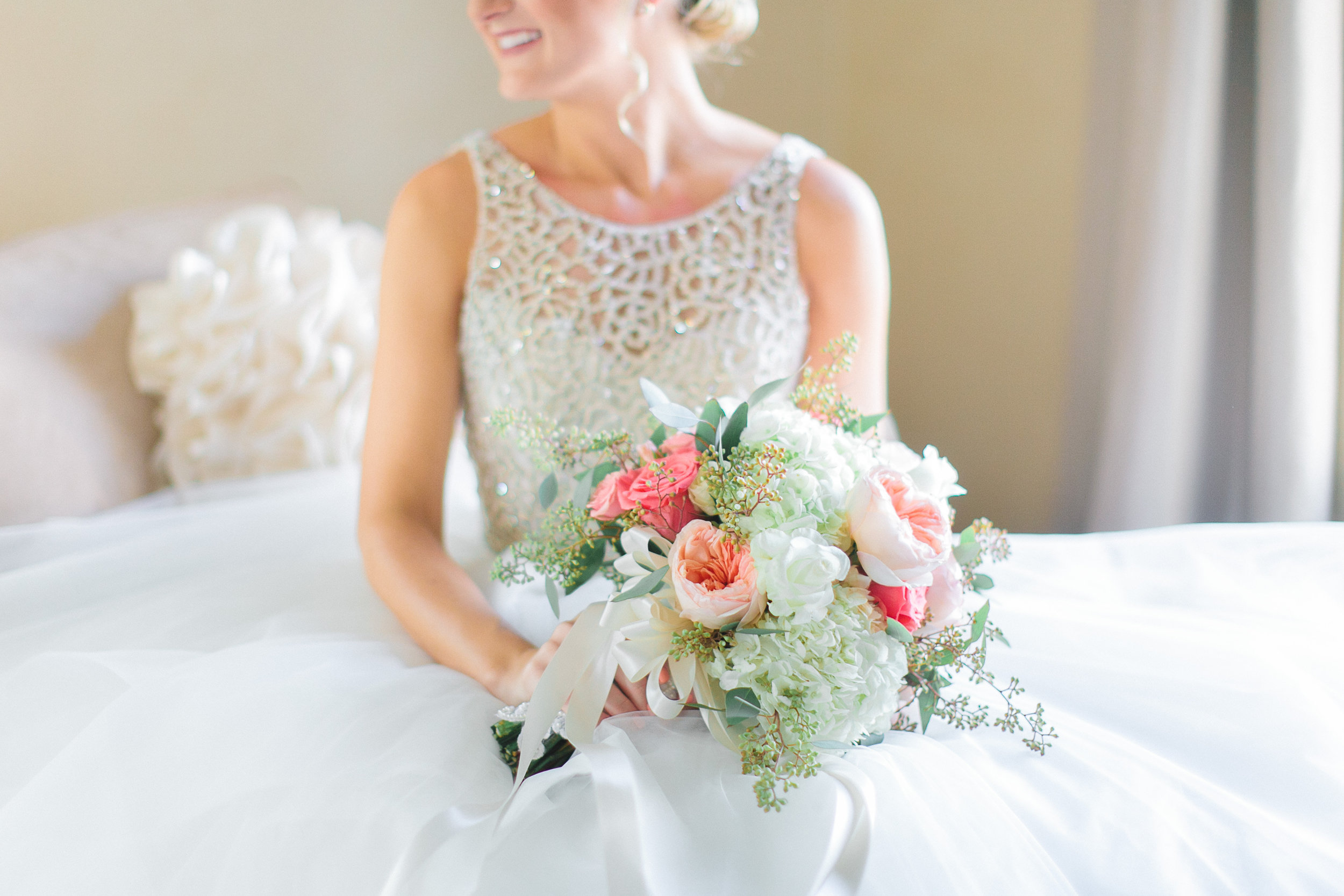 wedding, arizona wedding, wedding dress, bride, wedding planner, phoenix wedding planner, scottsdale wedding planner, blush wedding, wedding bouquet, bride, bridal bouquet