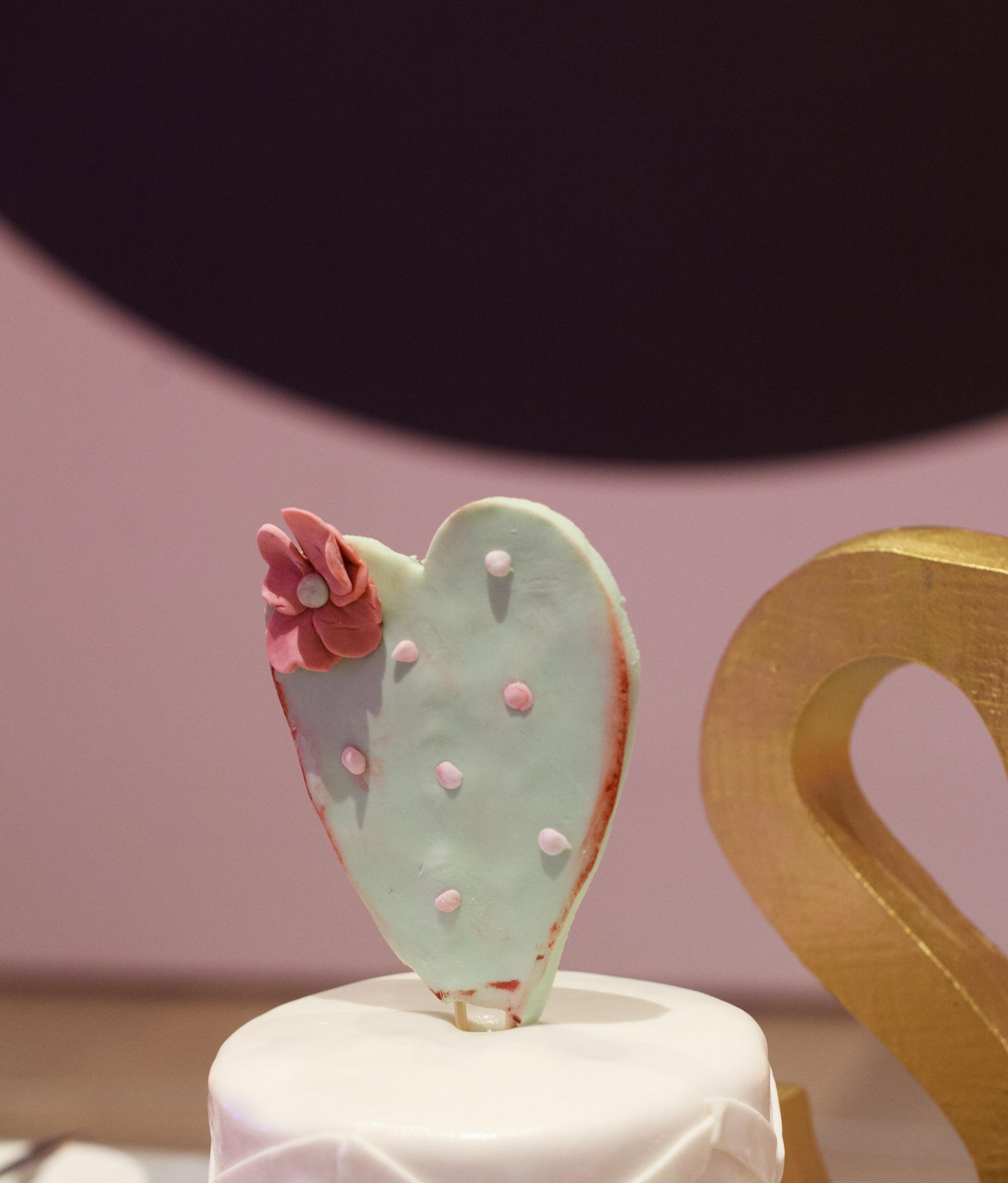 wedding, Arizona wedding, art museum wedding, wedding planner, wedding lighting, Phoenix-Scottsdale-Arizona-Wedding-Planner-Wedding-Venue-Destination-Wedding-Planner, wedding cake