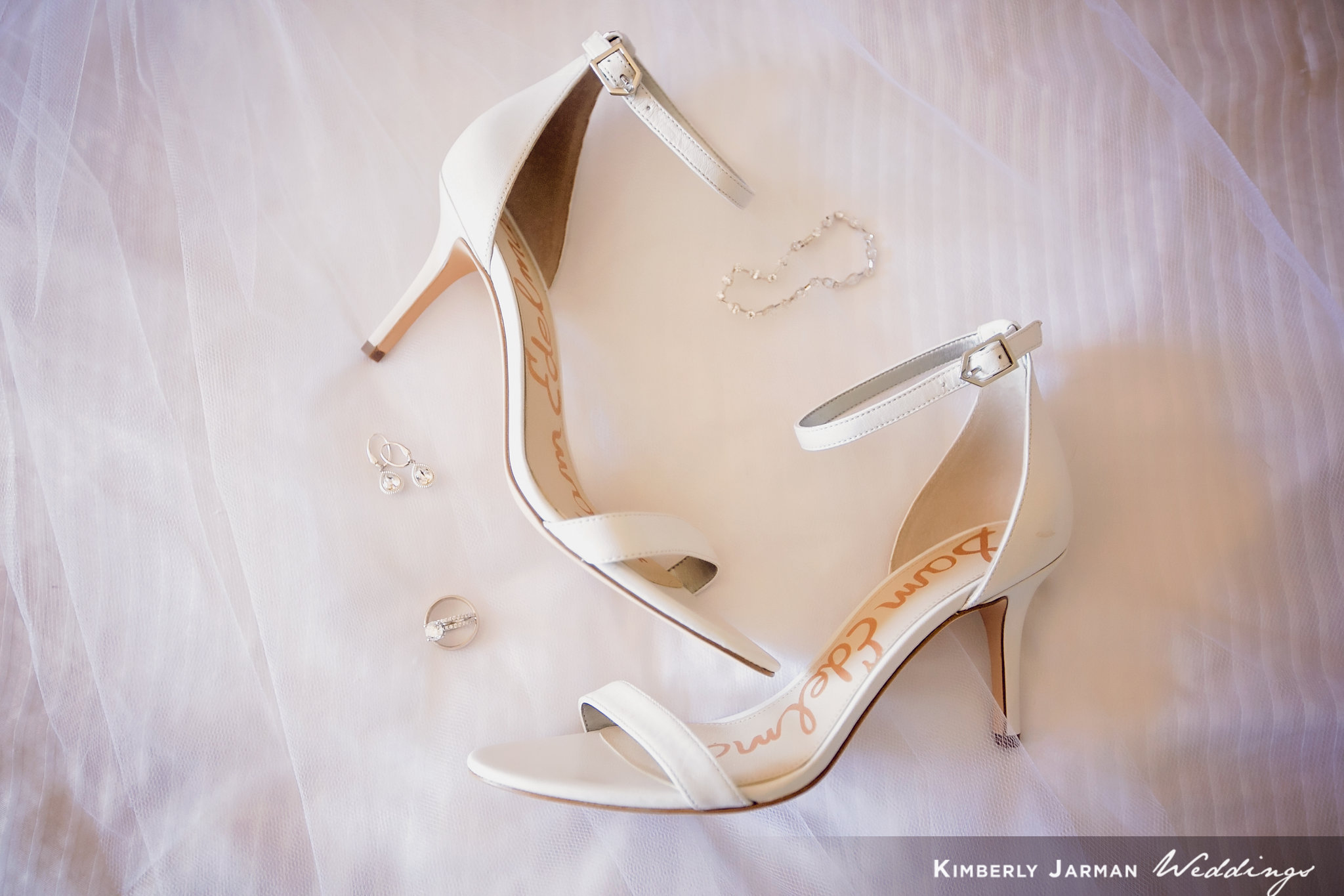 Classic, elegant wedding, white and gold wedding, bridal shoes, bridal details.
