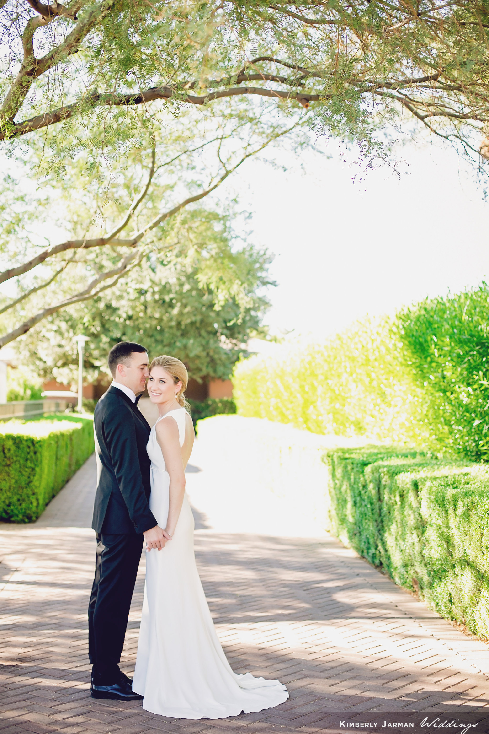 Classic, elegant wedding, white and gold wedding, bride and groom first look, bride and groom photos