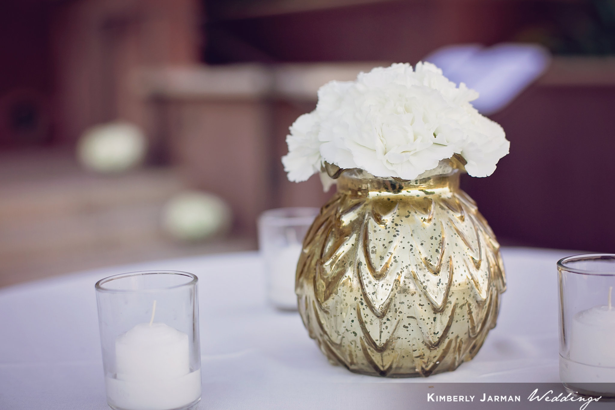 Classic, elegant wedding, white and gold wedding, white hydrangea bouquets, cocktail arrangements, white flowers