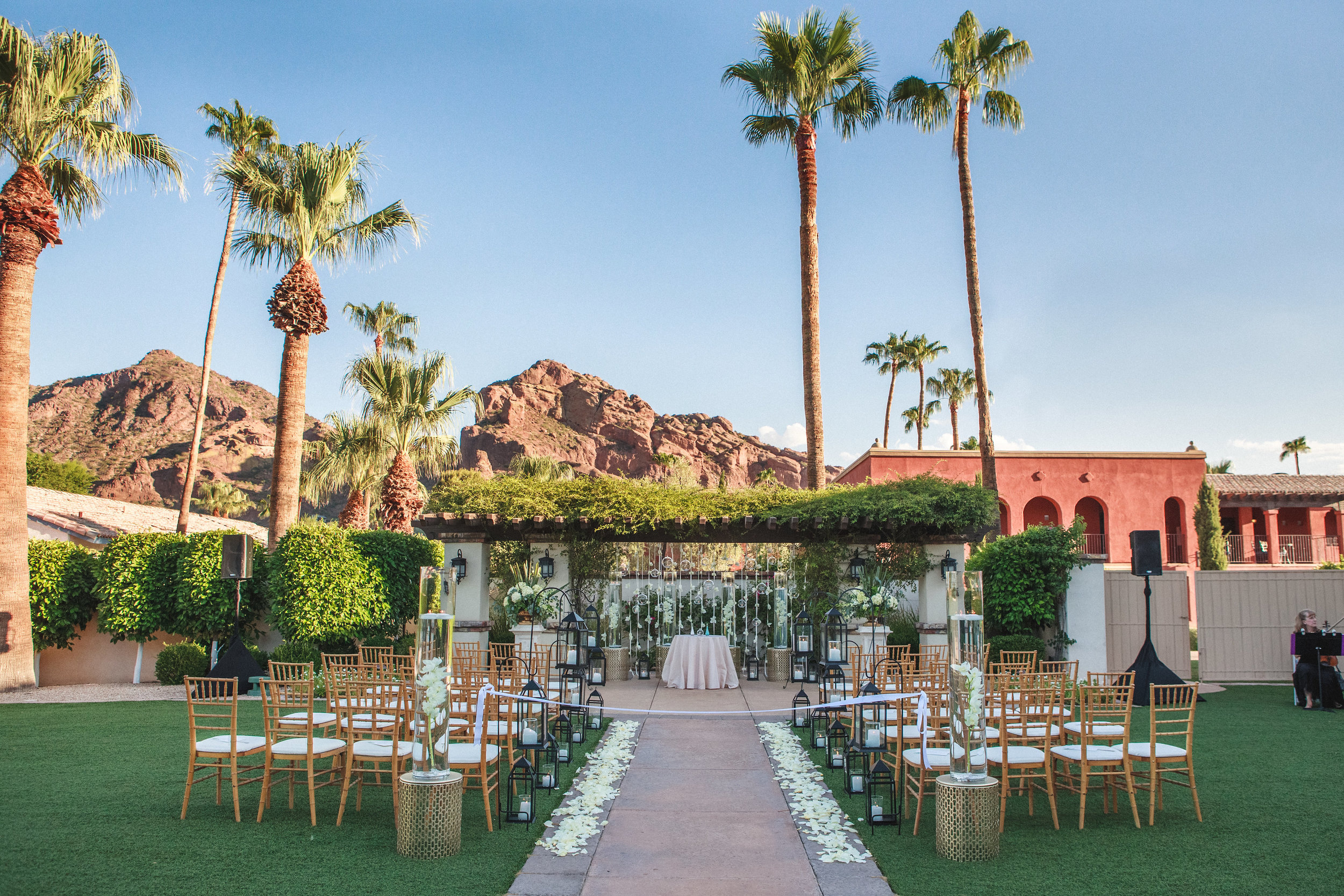 arizona wedding planner scottsdale wedding coordinator destination wedding desert wedding invitation garden  ceremony flowers