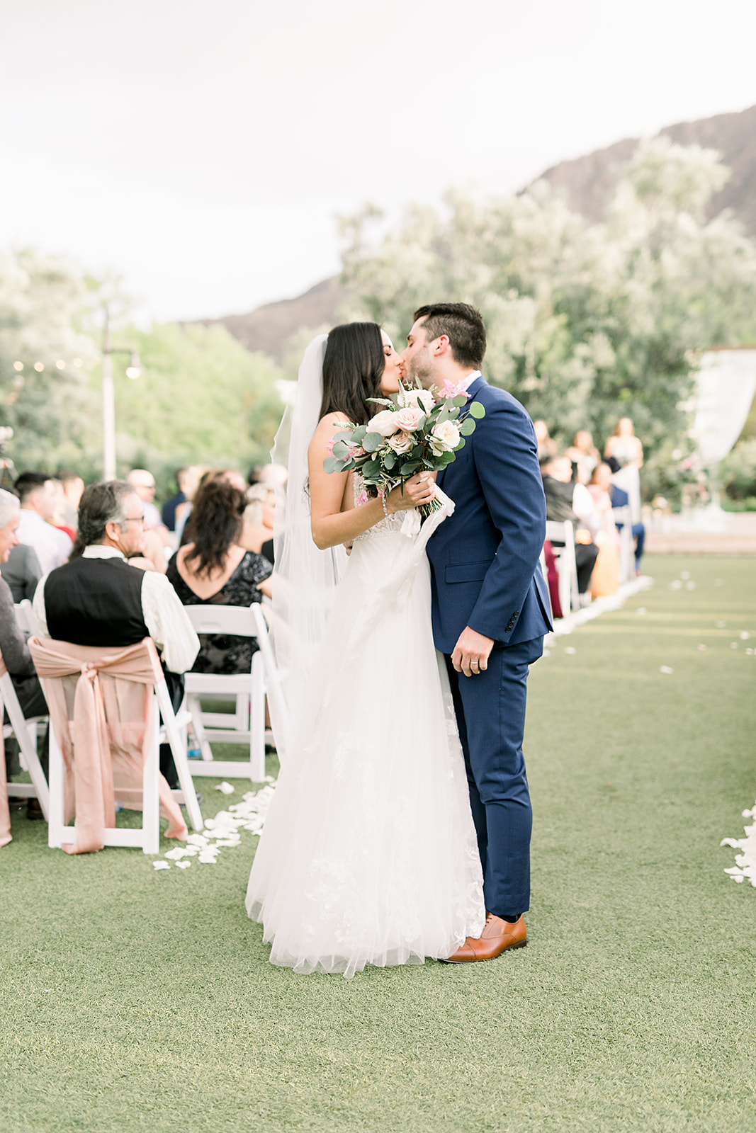 Phoenix-Scottsdale-Arizona-Wedding-Planner-First Kiss