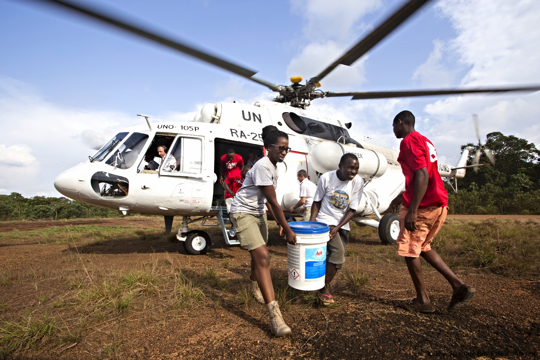 UN air drop of hygiene kits for distribution to schools   [photo: Keiko Hiromi for FACE Africa]