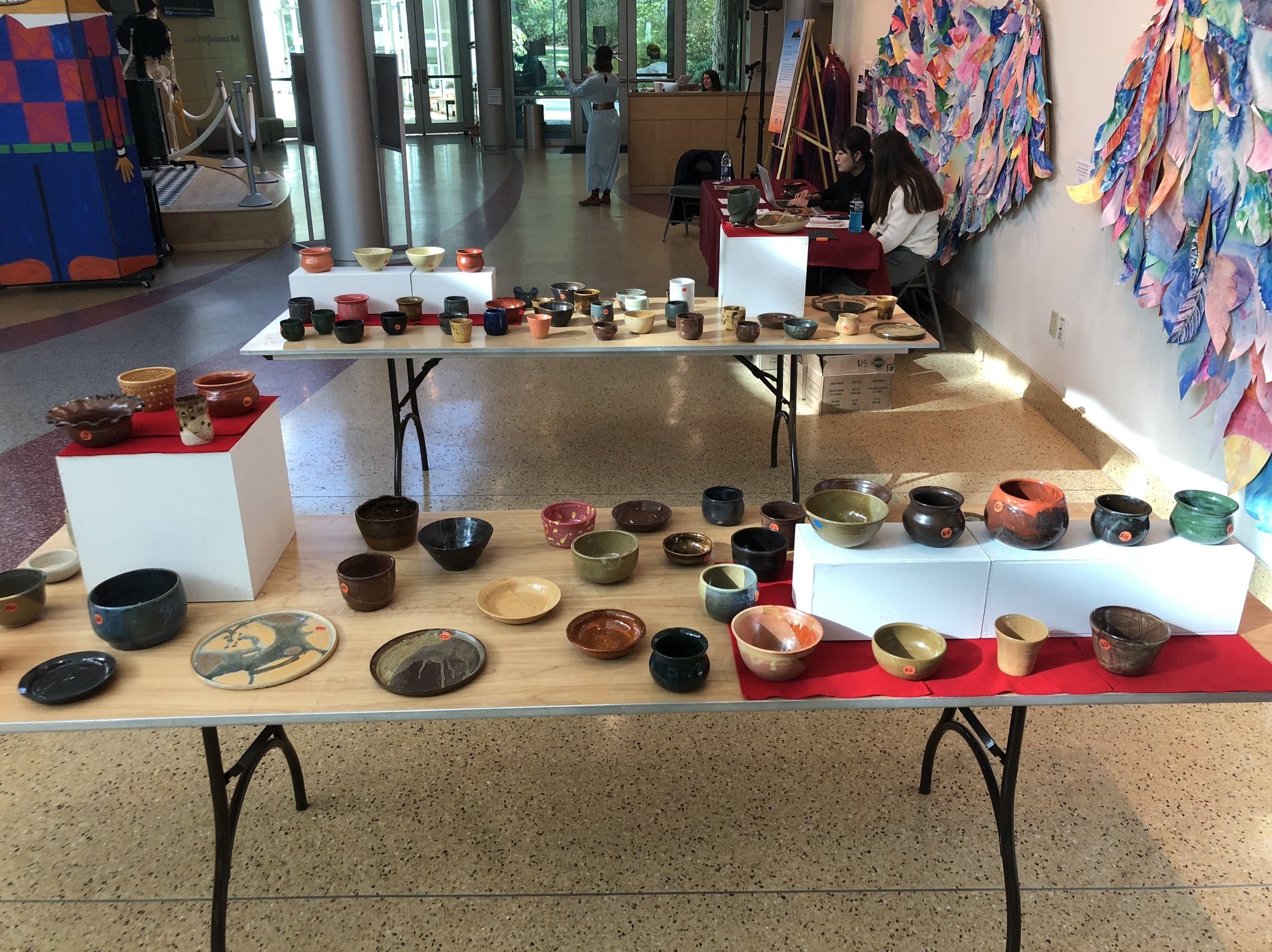 Bowls/Cups/Plates -