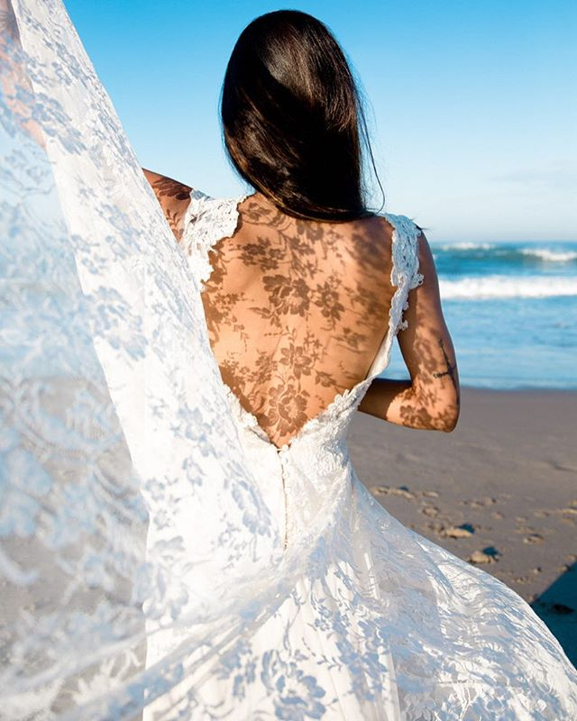 going through archives and dreaming of going back to bali. #bride #weddingdress