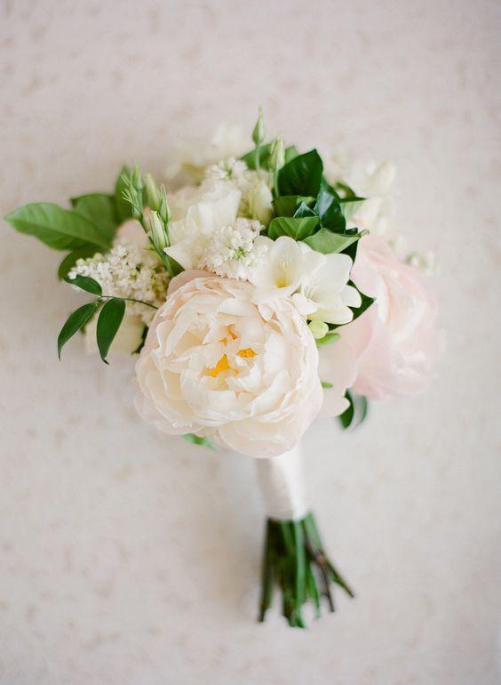Photography: Jose Villa Photography |Floral Design: Flower Allie