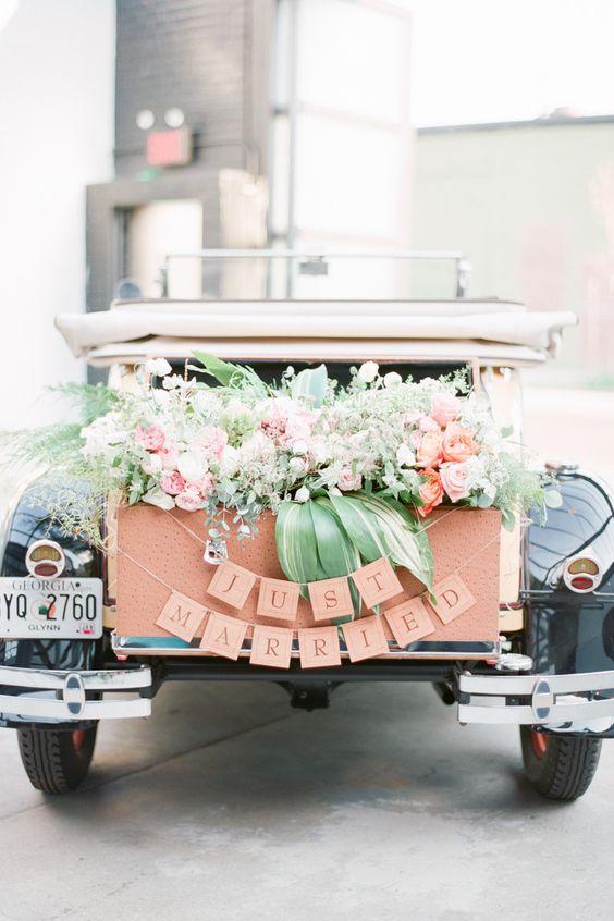 Photography: Brklynview | Flowers: Lindsay Rae Design