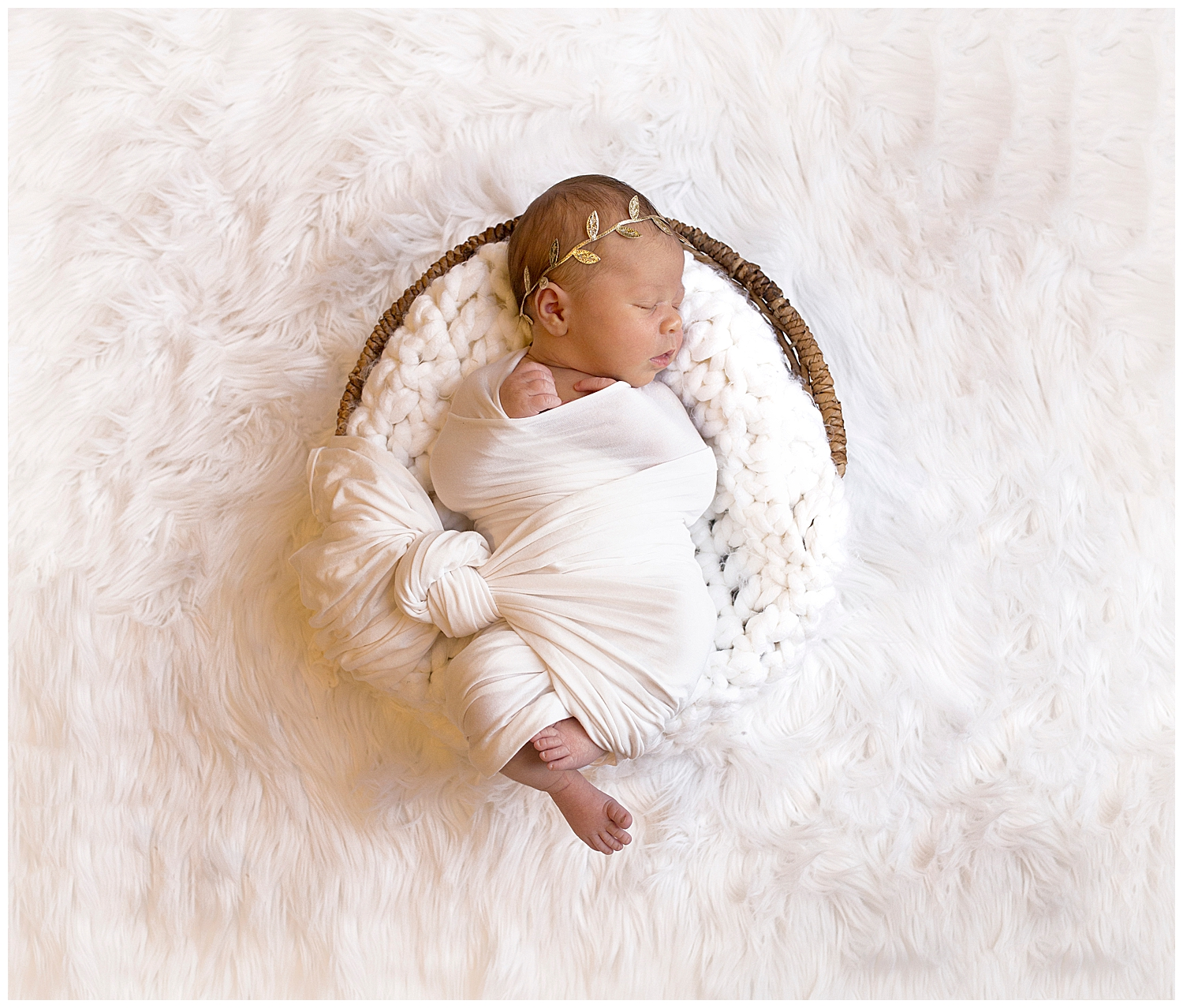 orange county newborn sleeping through their photography session