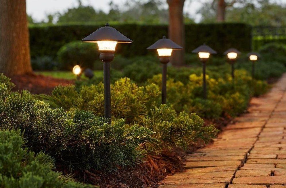 Hampton-Bay-Low-Voltage-Bronze-Outdoor-Integrated-LED-Light-Kit-e1502753329671.jpg