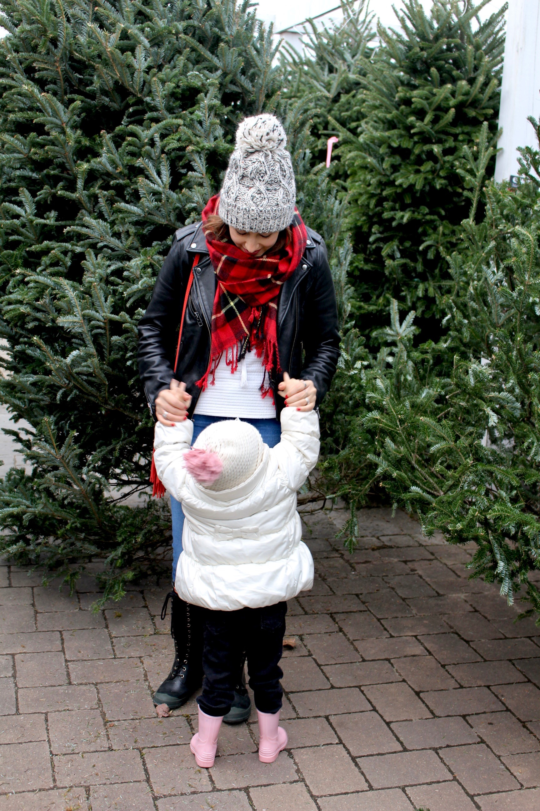 cozy layers / red scarf / christmas tree shopping / outfit idea / nicolemcaruso.com