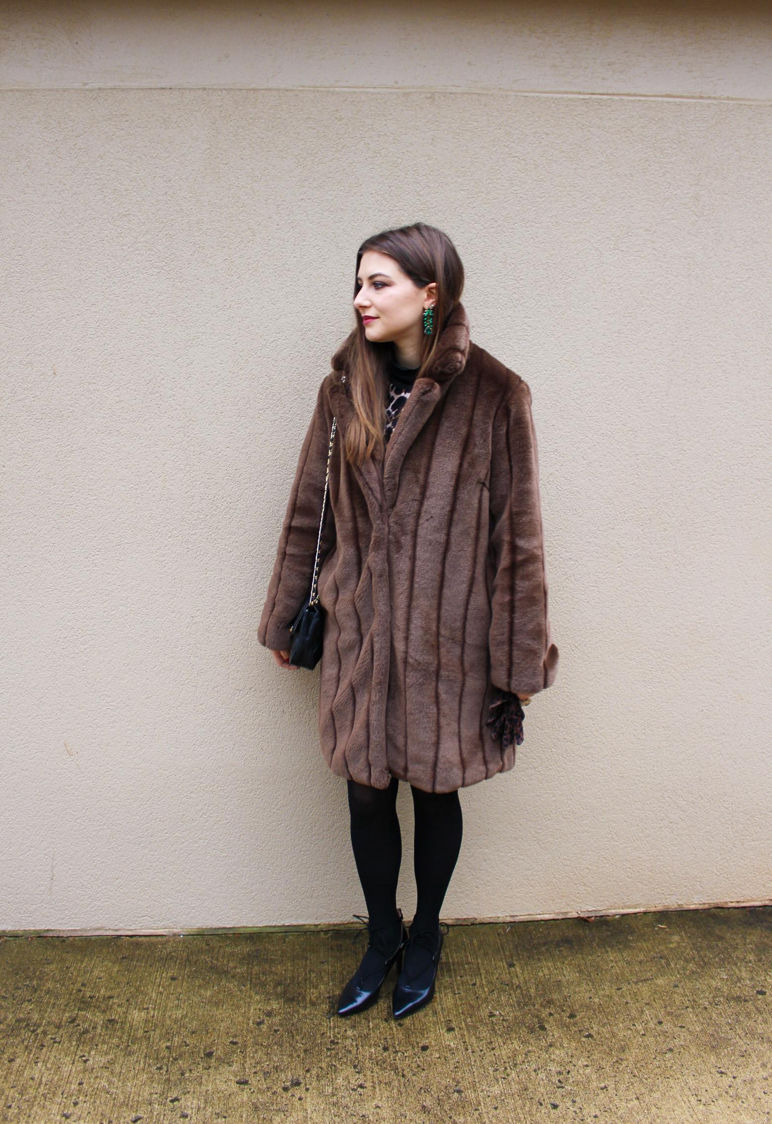 Modern Mod / leopard dress, faux fur coat / nicolemcaruso.com