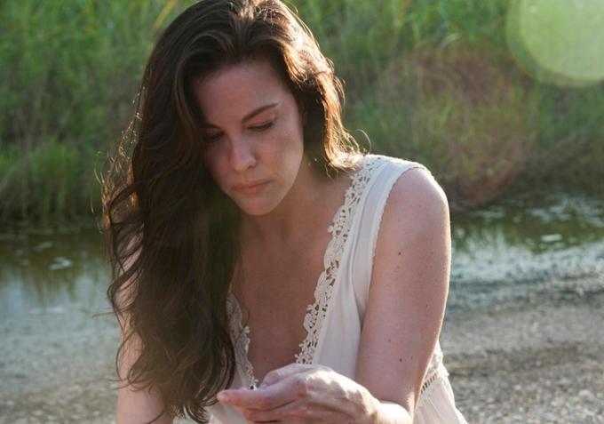 Liv Tyler as Meg