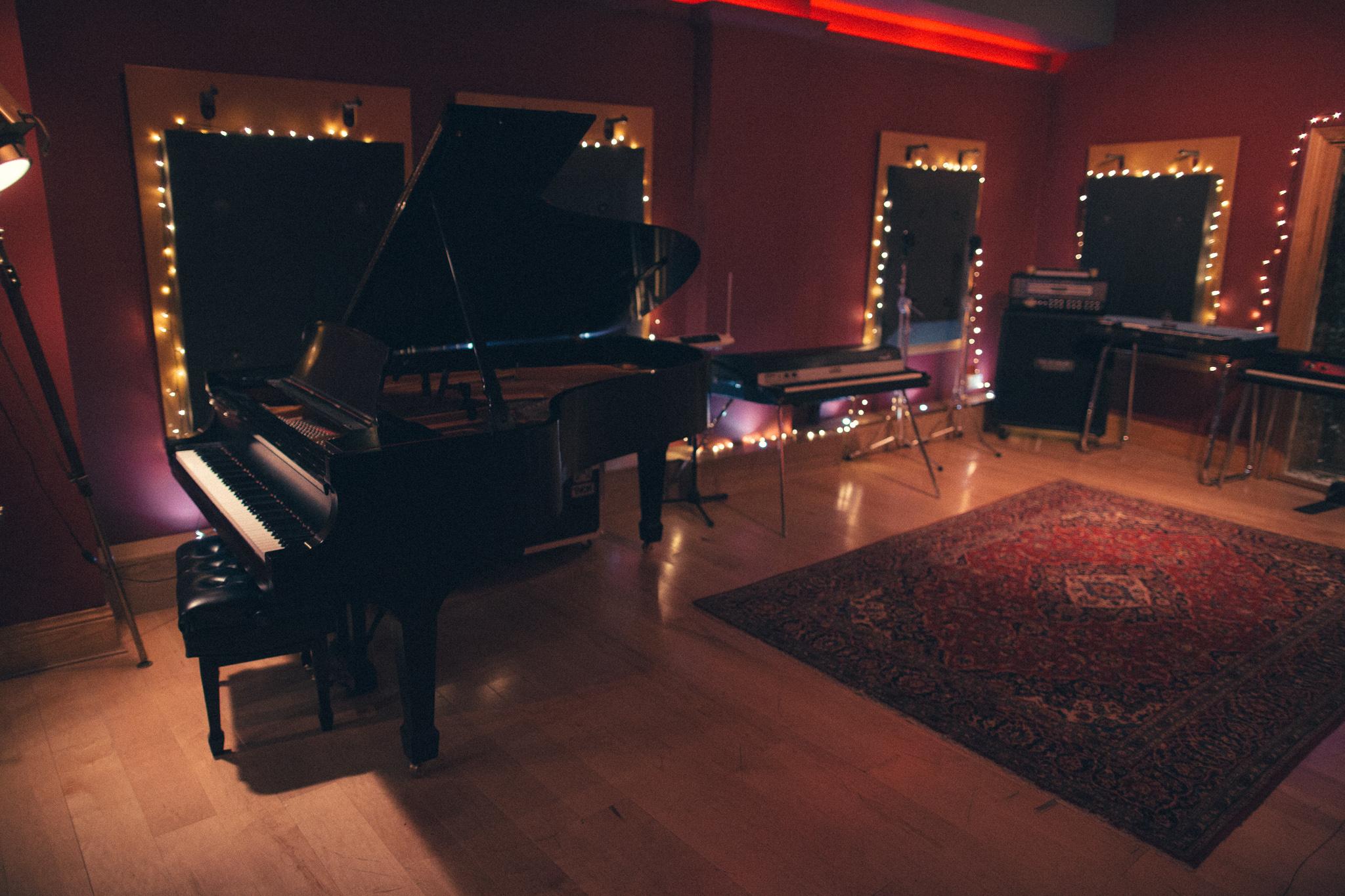 0031 WEBRES - Camden Studios.jpg